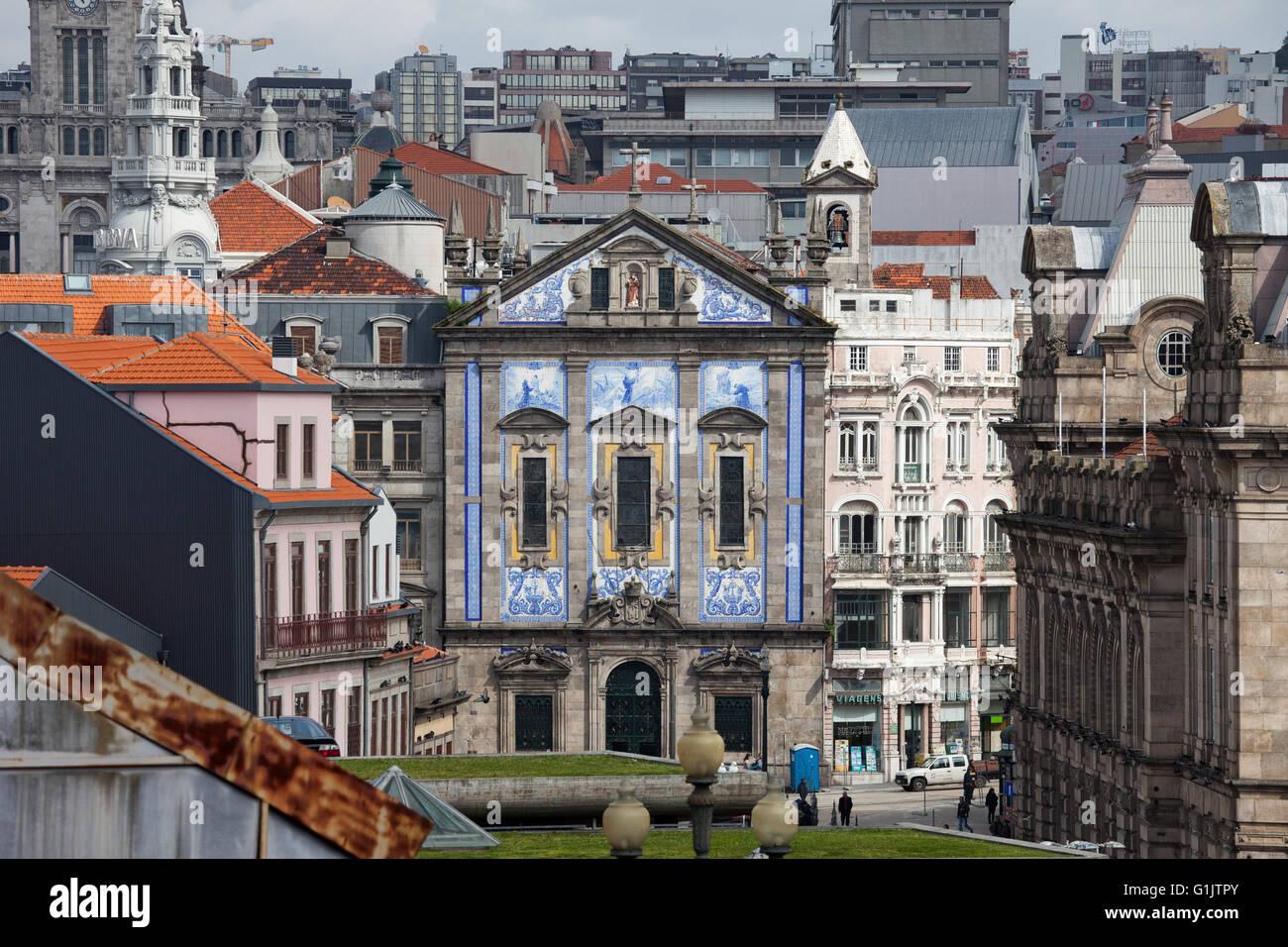 Saint Anthony's Church Congregados (Igreja de Santo Antonio dos Congregados) in Porto, Portugal, cityscape - Stock Image