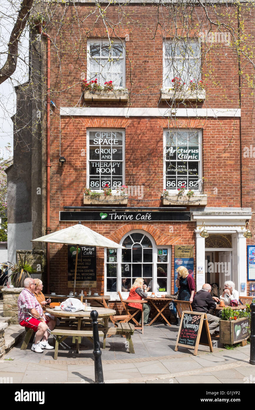 Thrive Cafe in the Devon town of Totnes - Stock Image