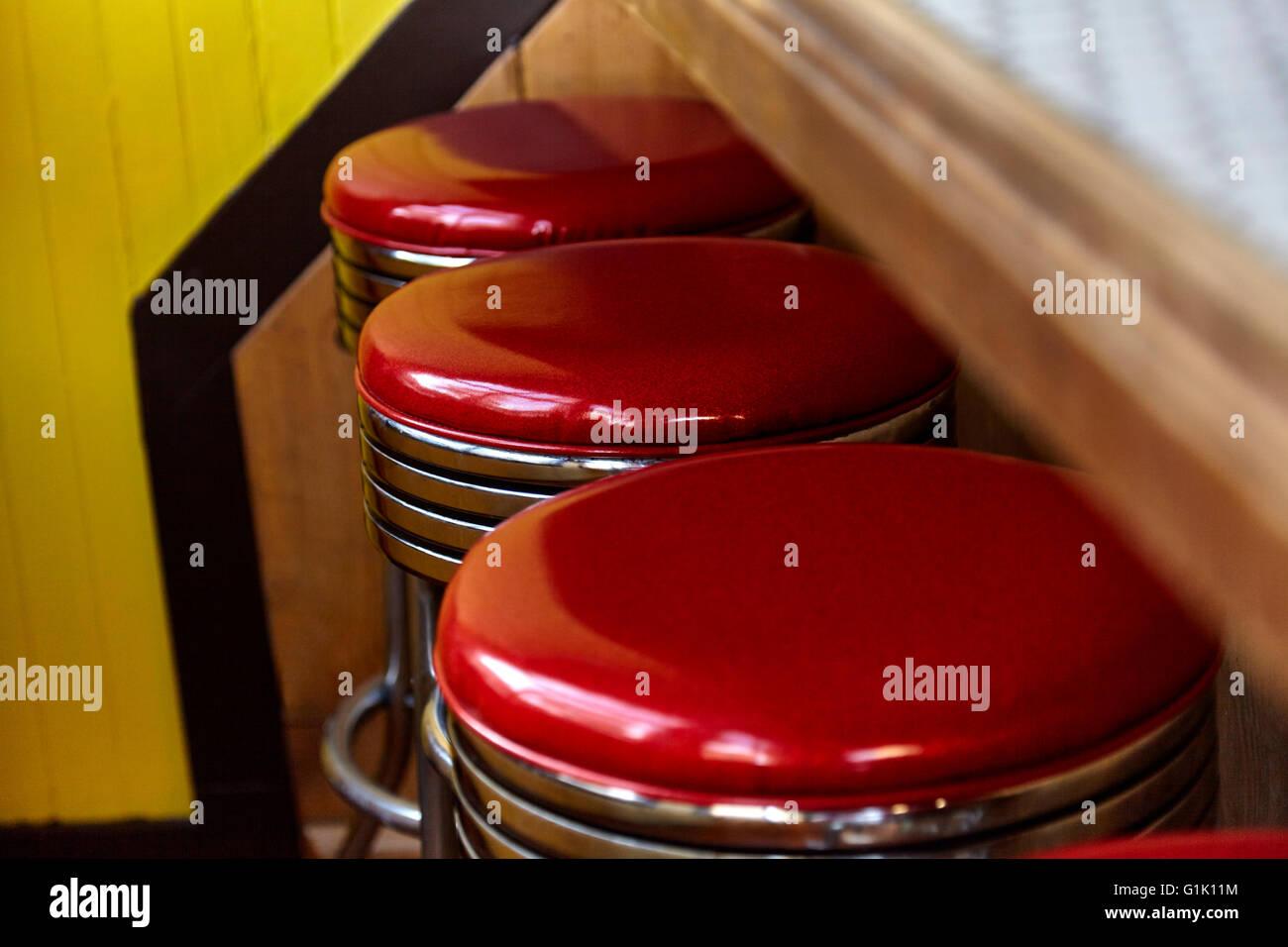 Retro Pub Interior Stock Photos Amp Retro Pub Interior Stock