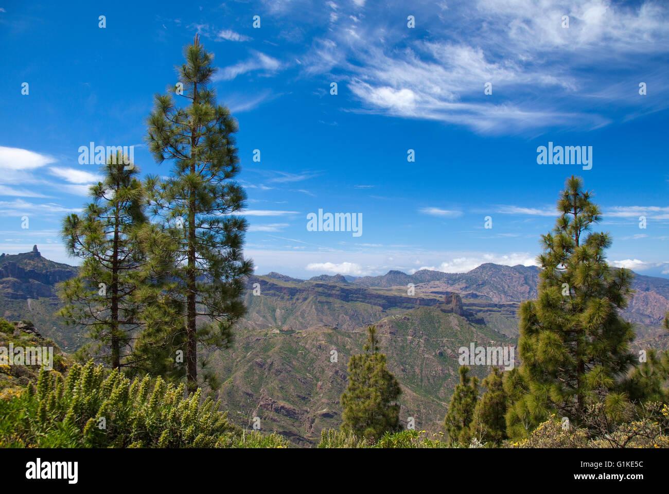 Gran Canaria, view towards Roque Bentayga from north lip of the caldera Stock Photo