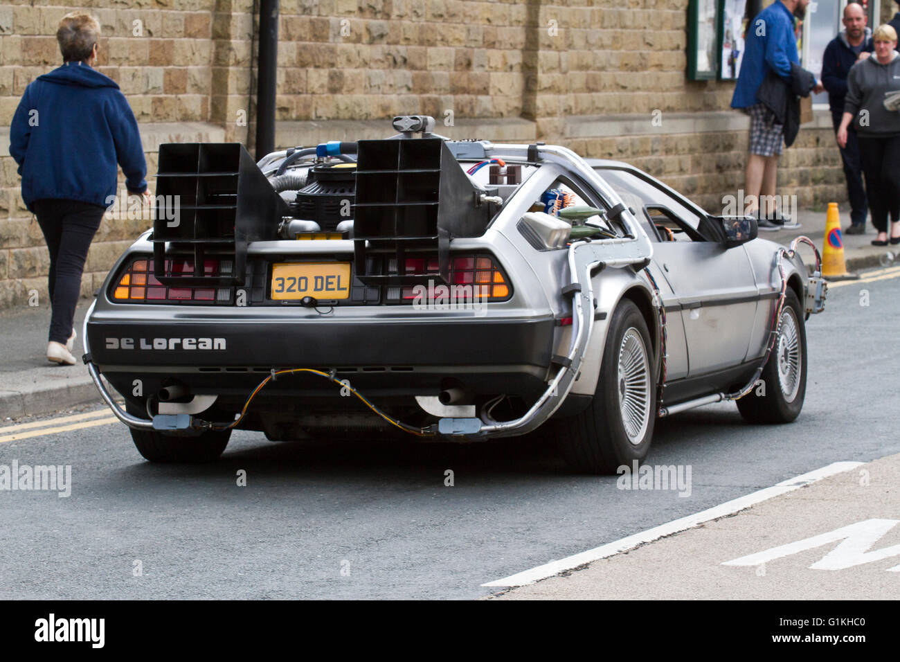 the delorean dmc 12 sports car haworth yorkshire uk stock photo 104307616 alamy. Black Bedroom Furniture Sets. Home Design Ideas
