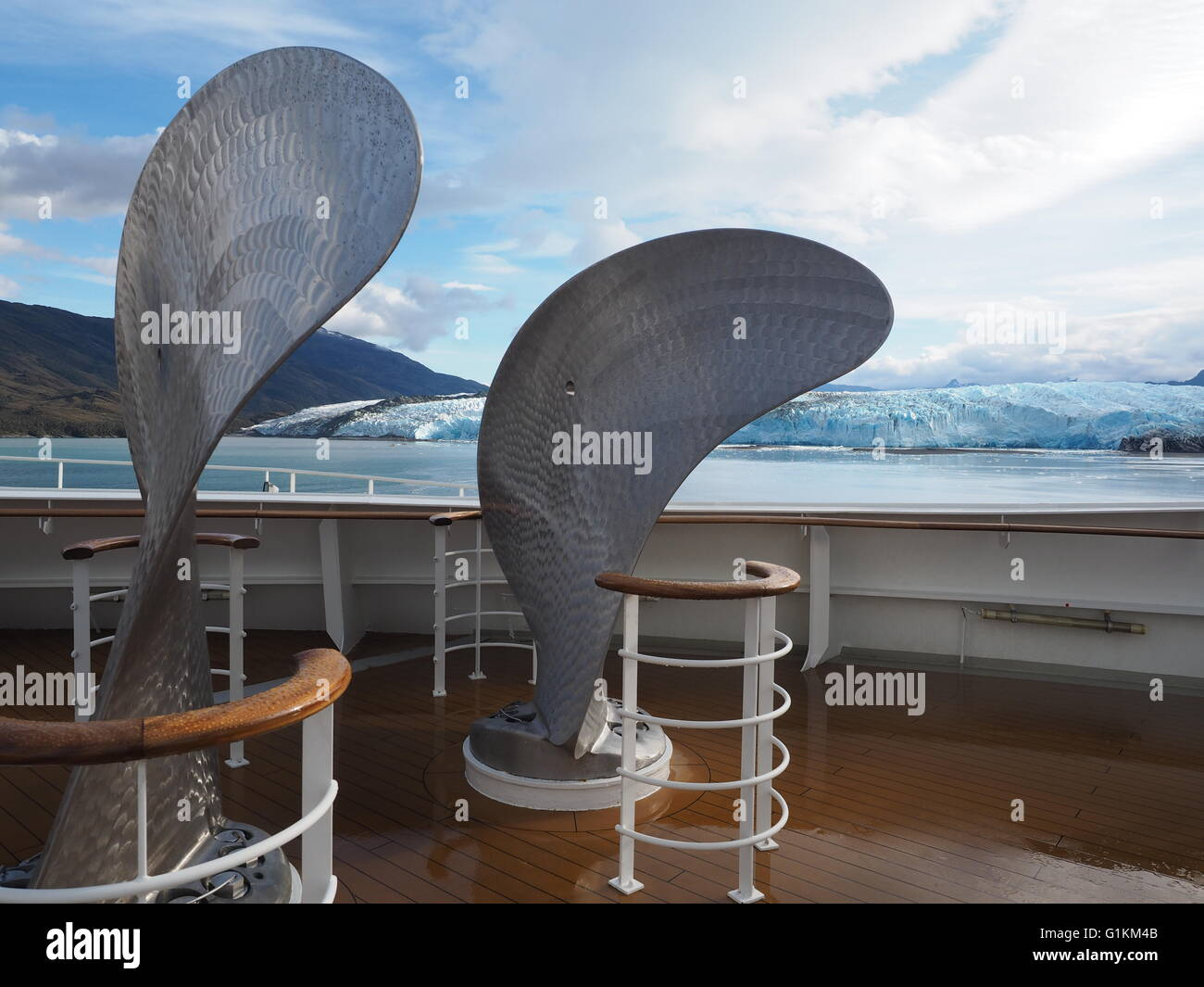 Two of Queen Mary 2s  eight spare propeller blades on deck 7 foredeck with  Pio XI Glacier & Fjord (aka Bruggen - Stock Image