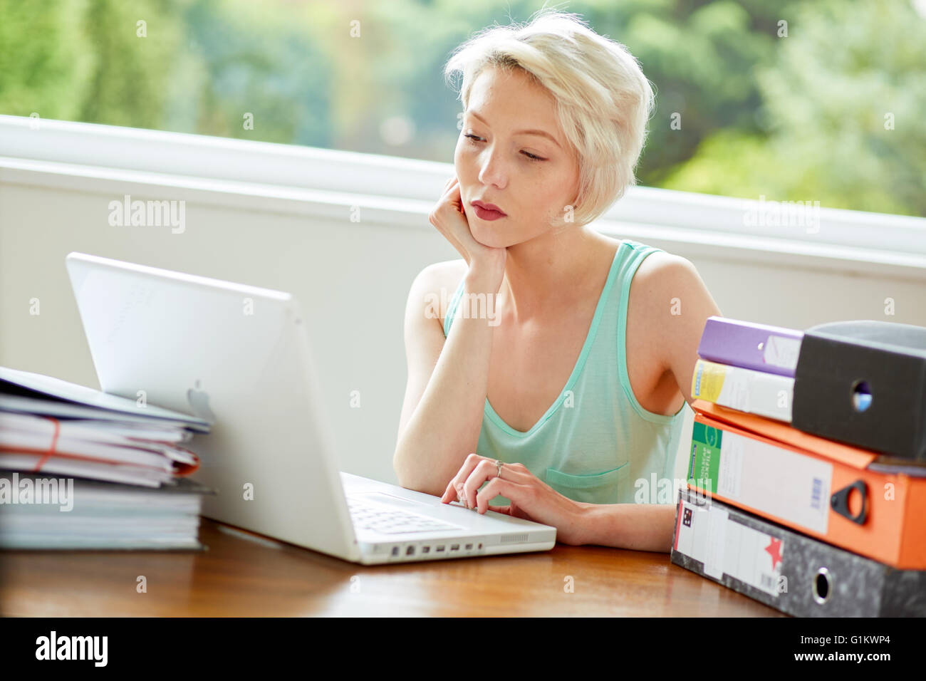 Girl studying - Stock Image