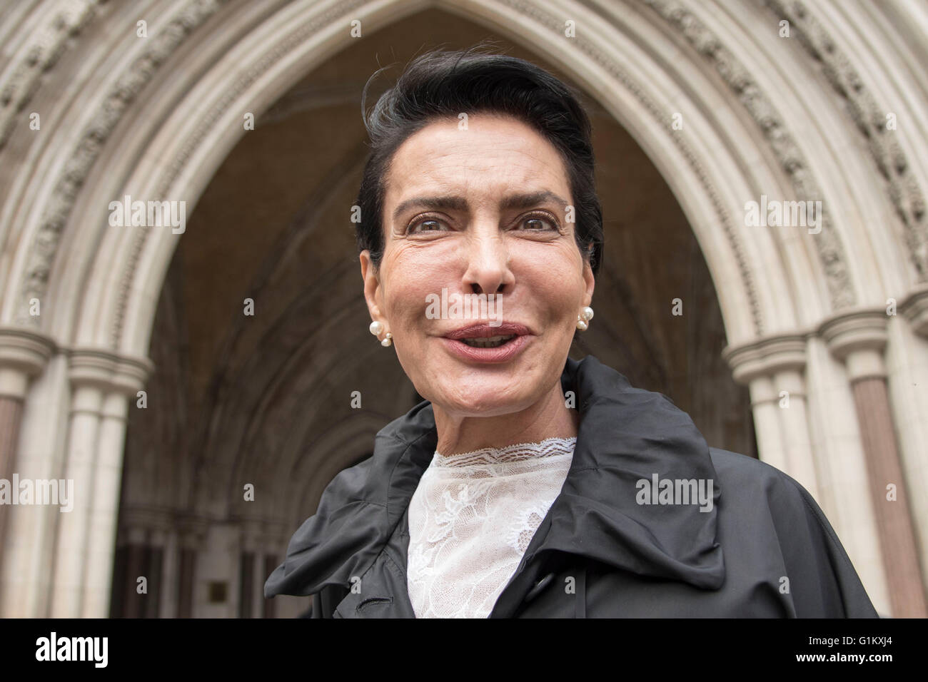 Janan Harb HIgh Court London Saudi Prince secret affair - Stock Image