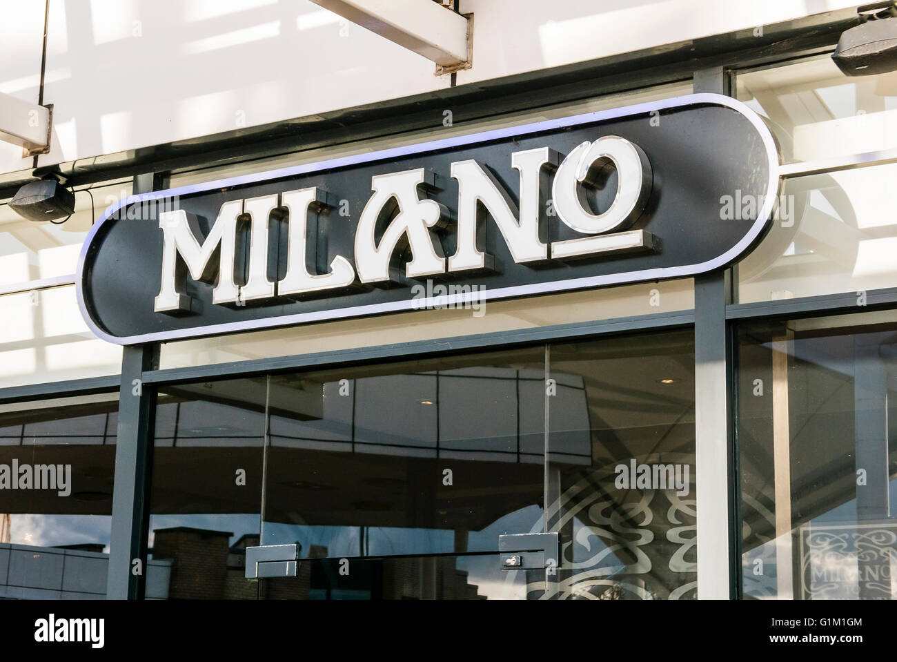 Milano pizza restaurant, the Republic Of Ireland brand for Pizza Express. - Stock Image