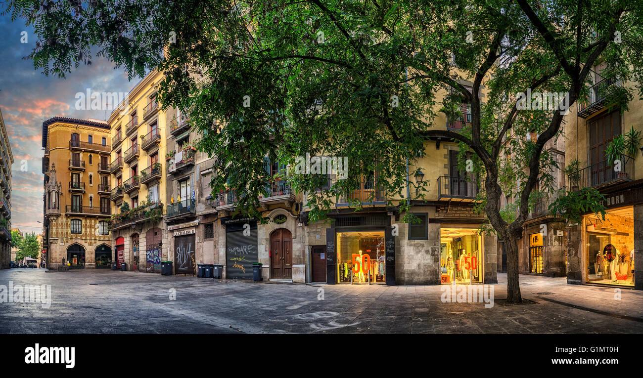 Street in El Born neighbourhood, Barcelona, Catalonia, Spain - Stock Image