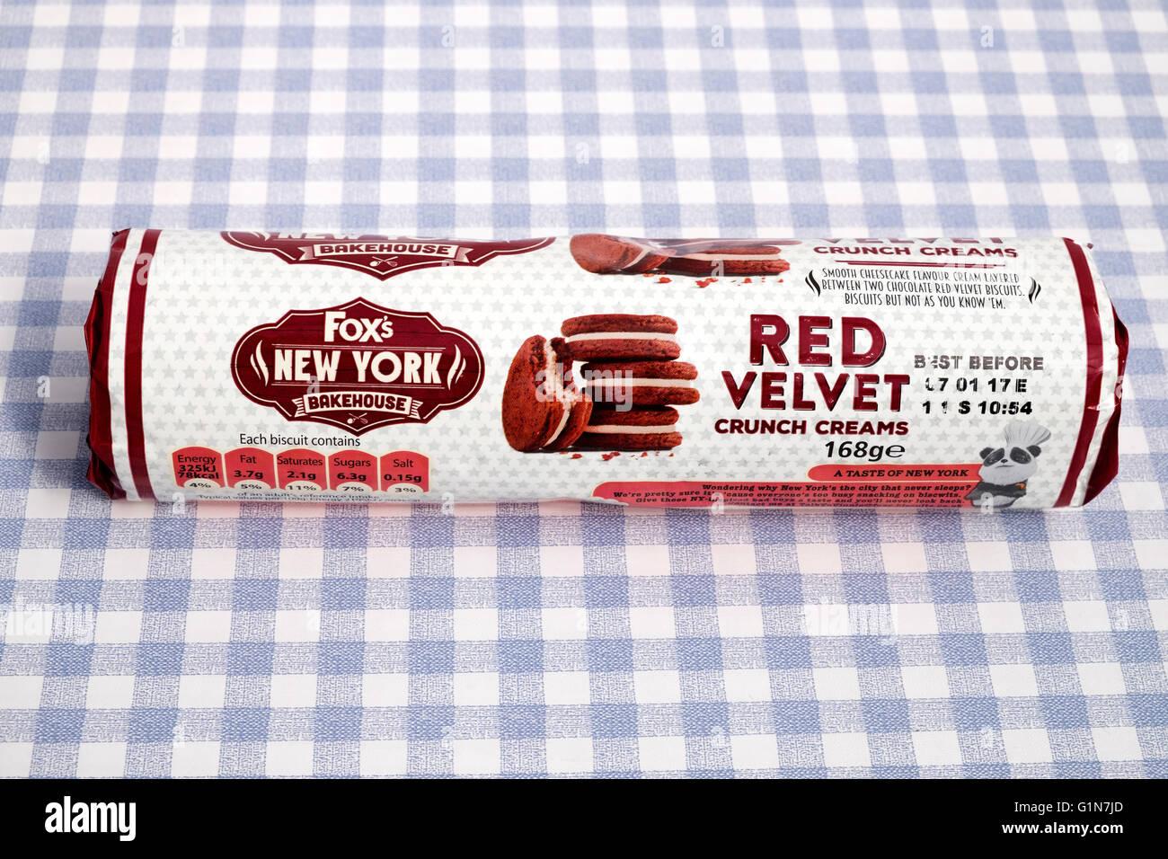Foxs New York Bakehouse Red Velvet crunch creams - Stock Image