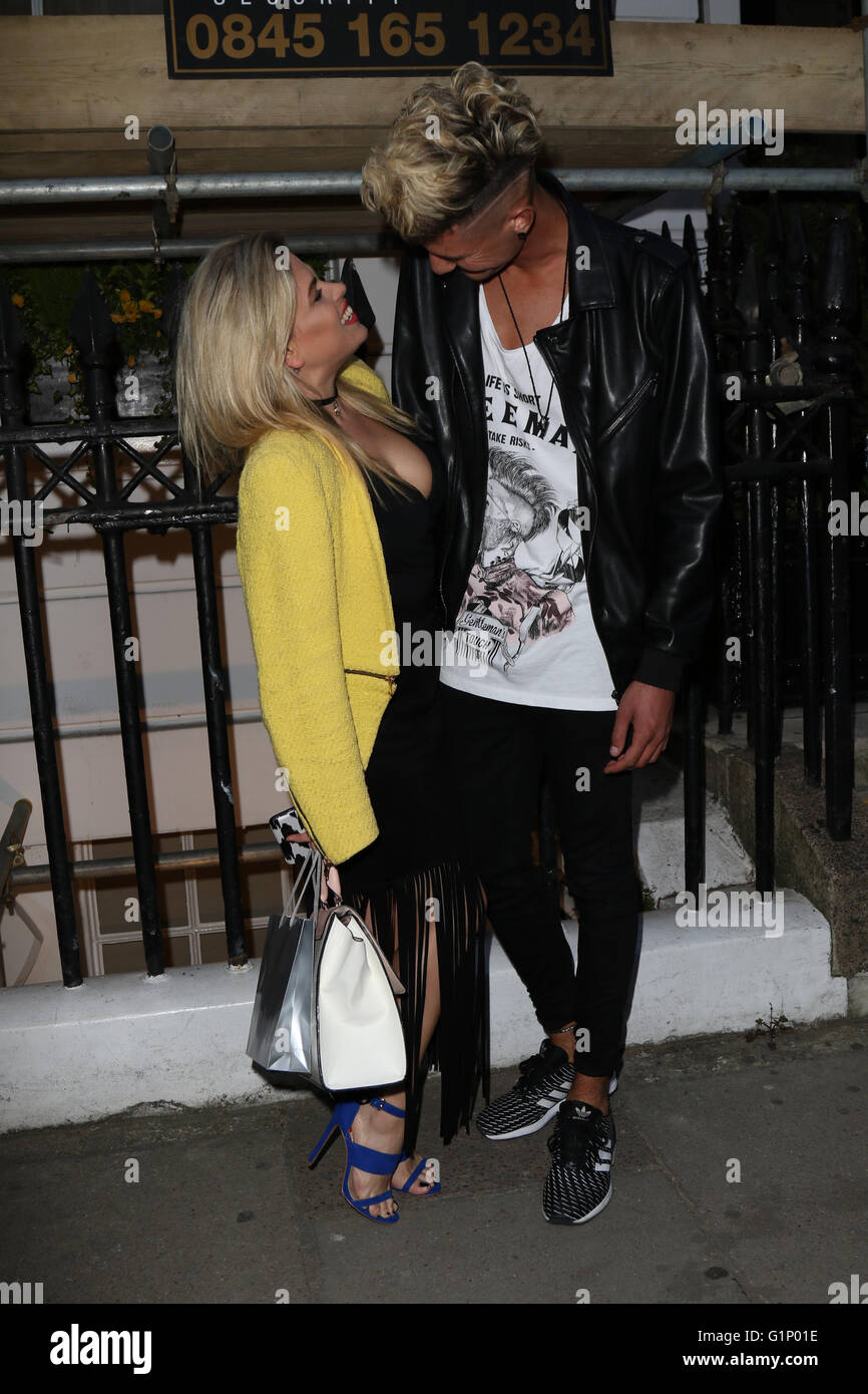 London, UK. 17th May 2016. Lady Nadia Essex and TayTay Starhz of the boy band Franklin Lake arrive at the Dr Vincent - Stock Image