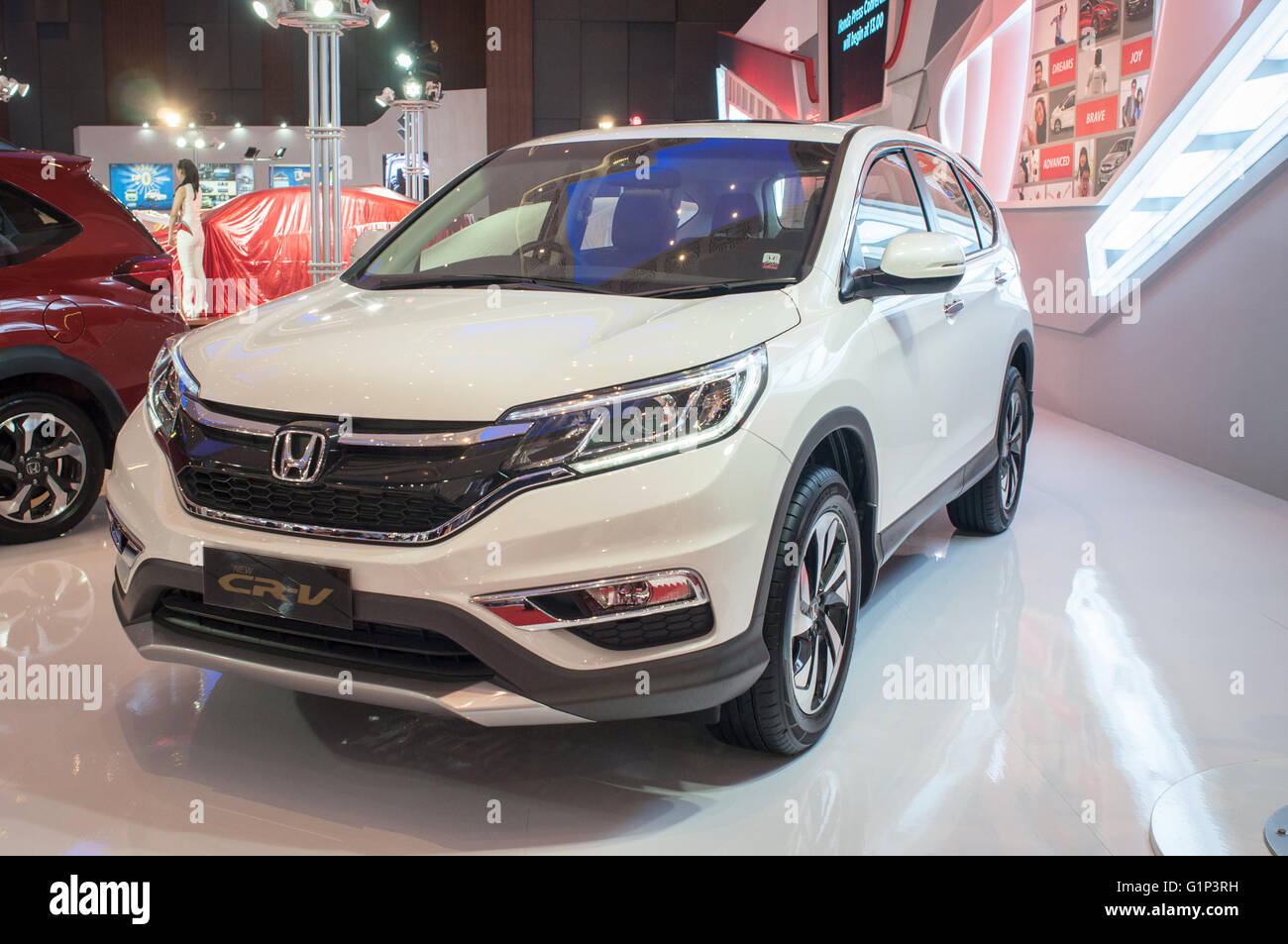 Makassar, Indonesia. 18th May, 2016. Honda exhibit New CR-V at GIIAS Makassar Autoshow in Makassar, Indonesia. Recent - Stock Image