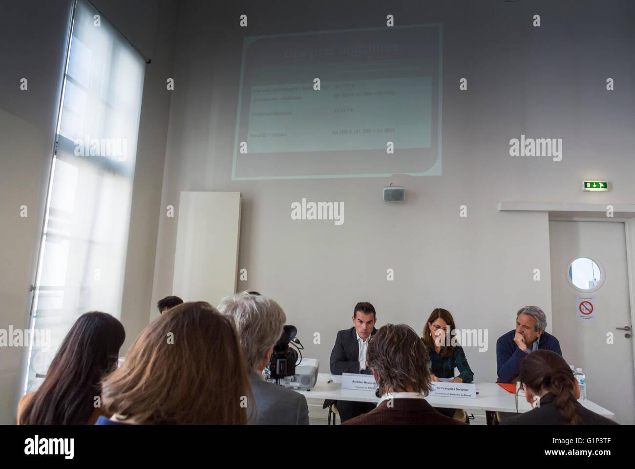 Paris, France, Panel Meeting, N.G.O.'s, 'Medecins du Monde', AIDES, SOS Hepatites, TRT-5, Press Conference, - Stock Image
