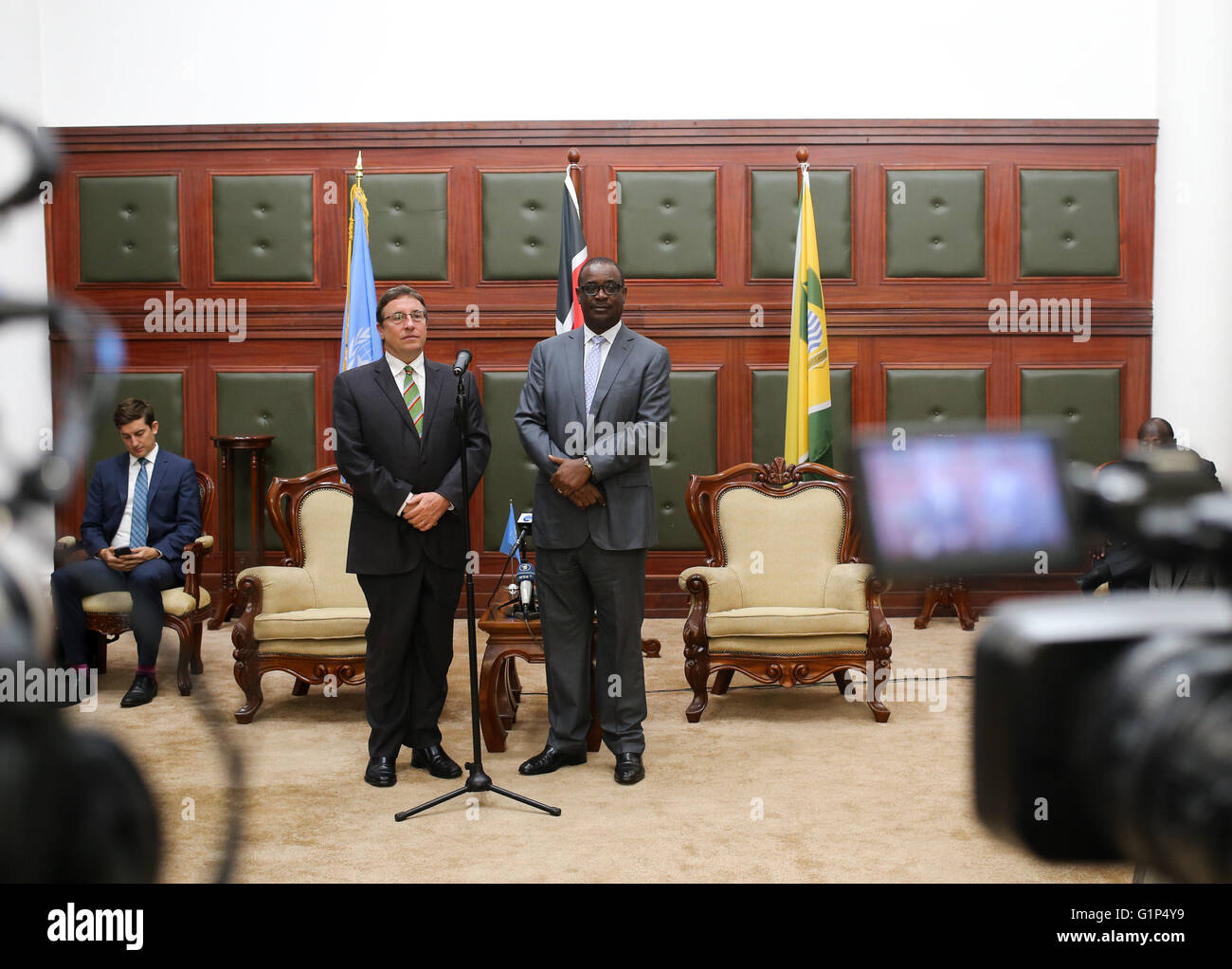 Nairobi. 18th May, 2016. Achim Steiner (front L), Executive Director of the United Nations Environmental Program - Stock Image