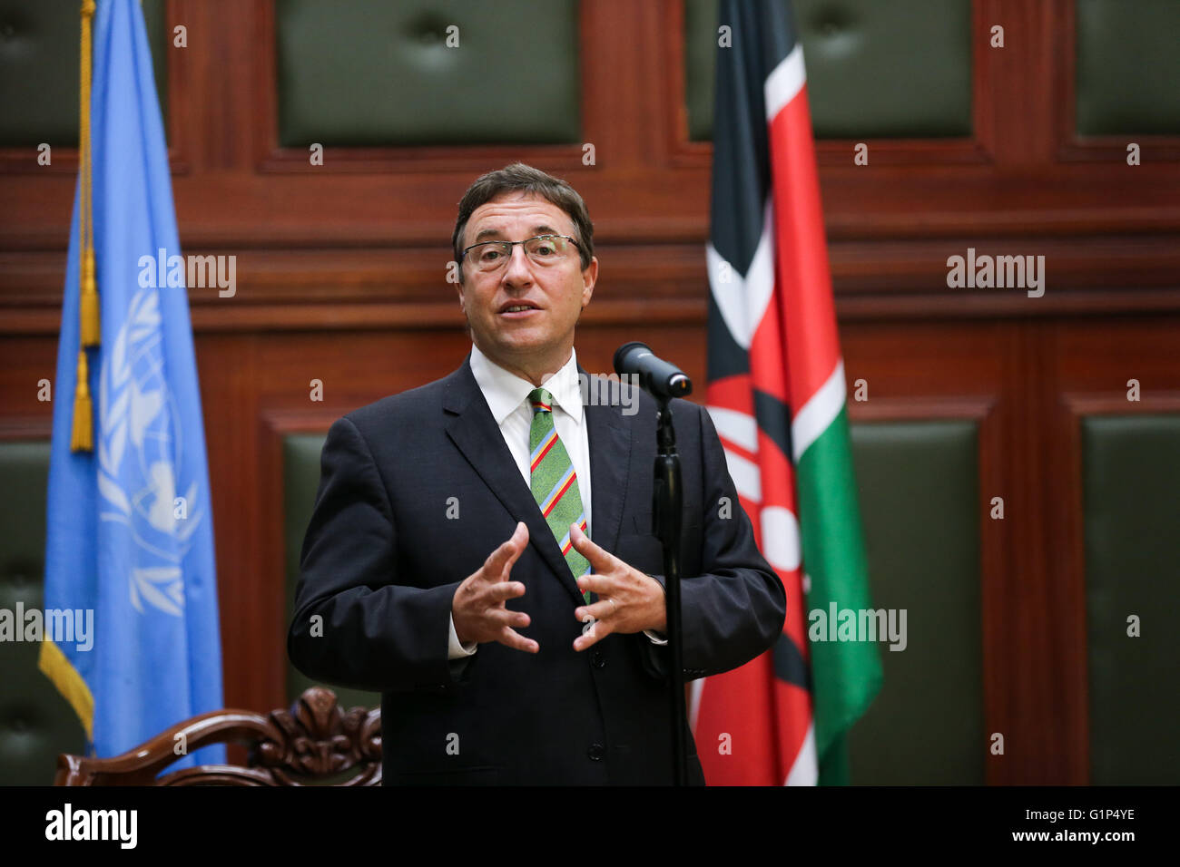 Nairobi, Kenya. 18th May, 2016. Achim Steiner (C), Executive Director of the United Nations Environmental Program - Stock Image