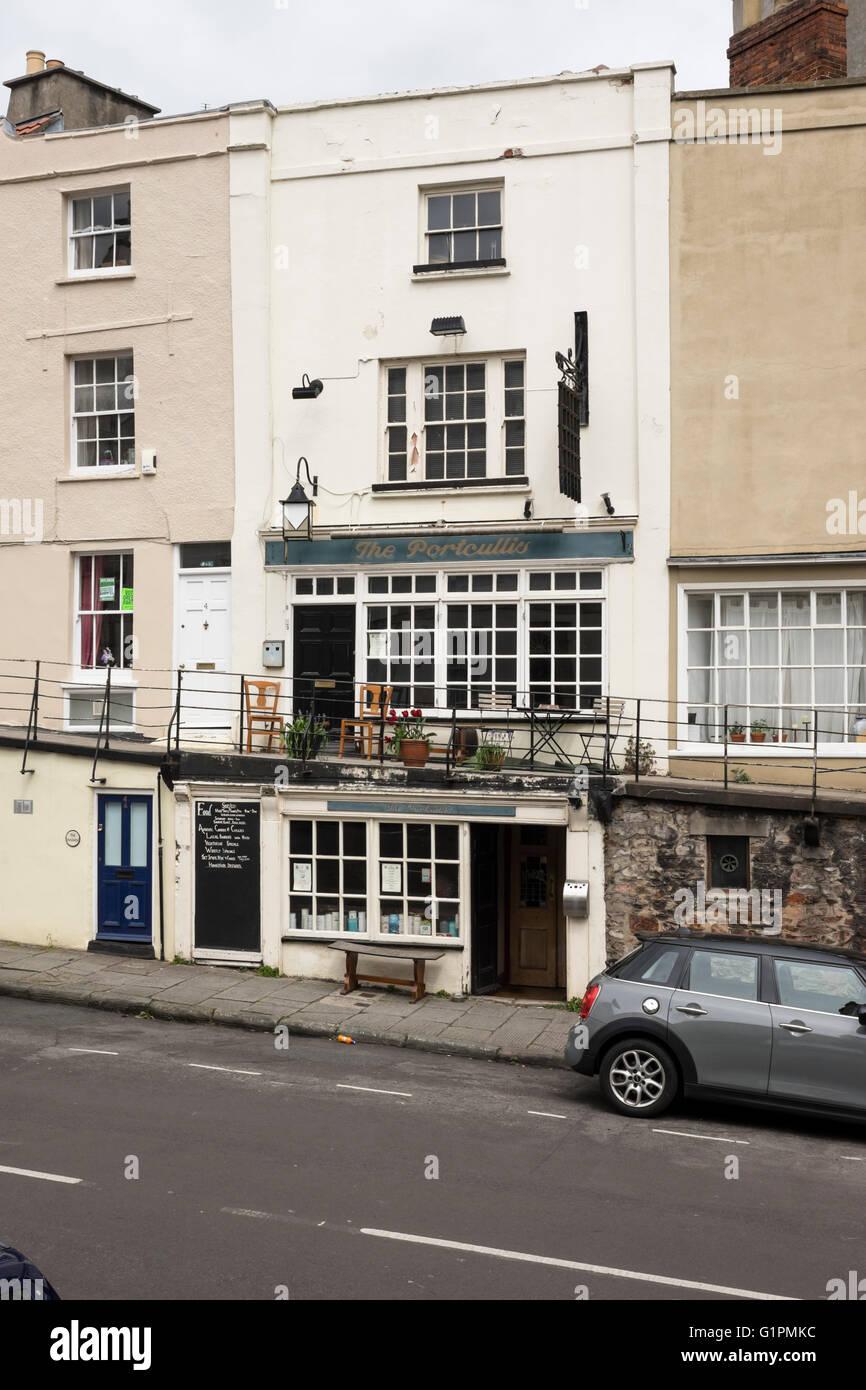 Around Bristol city england UK The Portcullis Pub Clifton - Stock Image