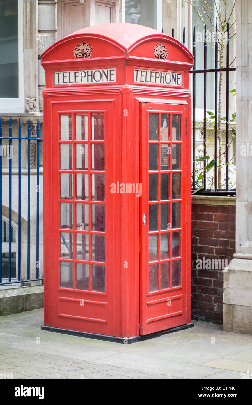 Red Telephone Box Kiosk Number 2 (K2) designed by Giles Gilbert Scott, London, UK - Stock Image