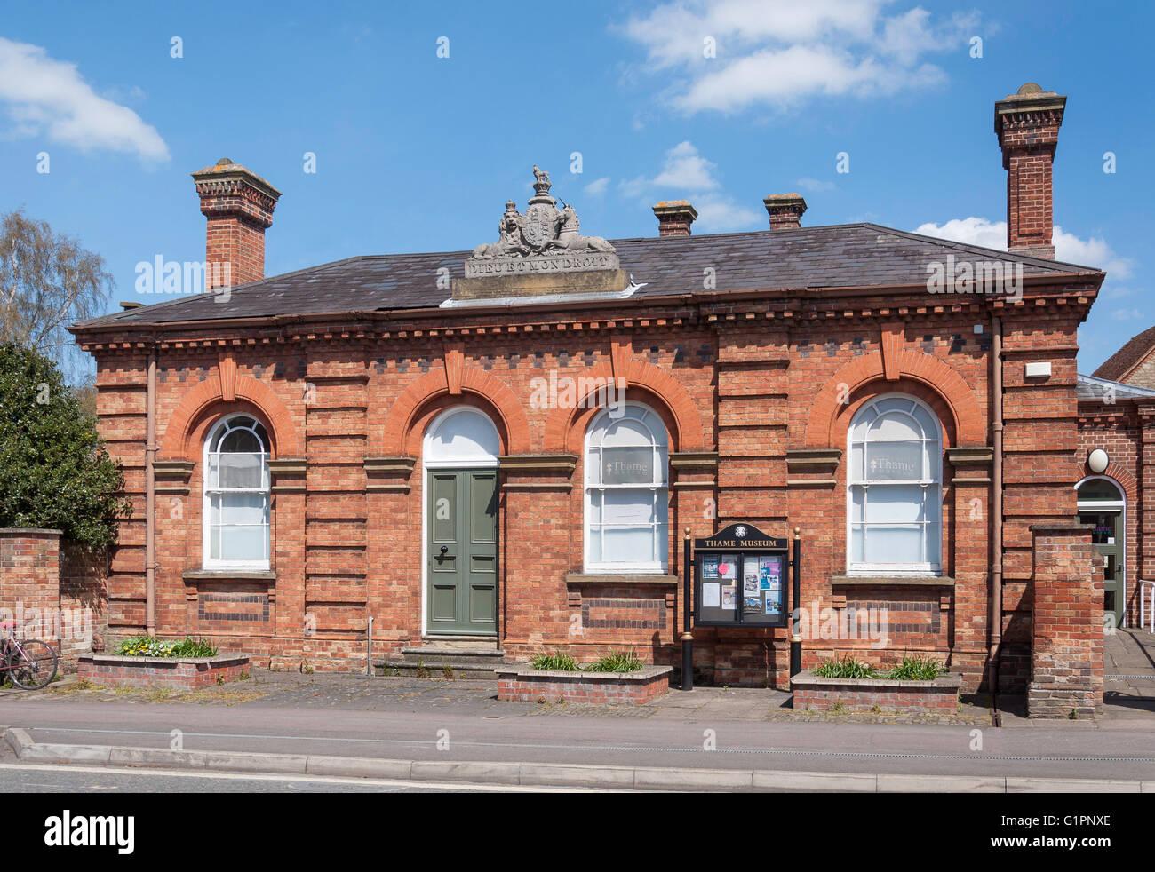 Thame Museum, High Street, Thame, Oxfordshire, England, United Kingdom - Stock Image