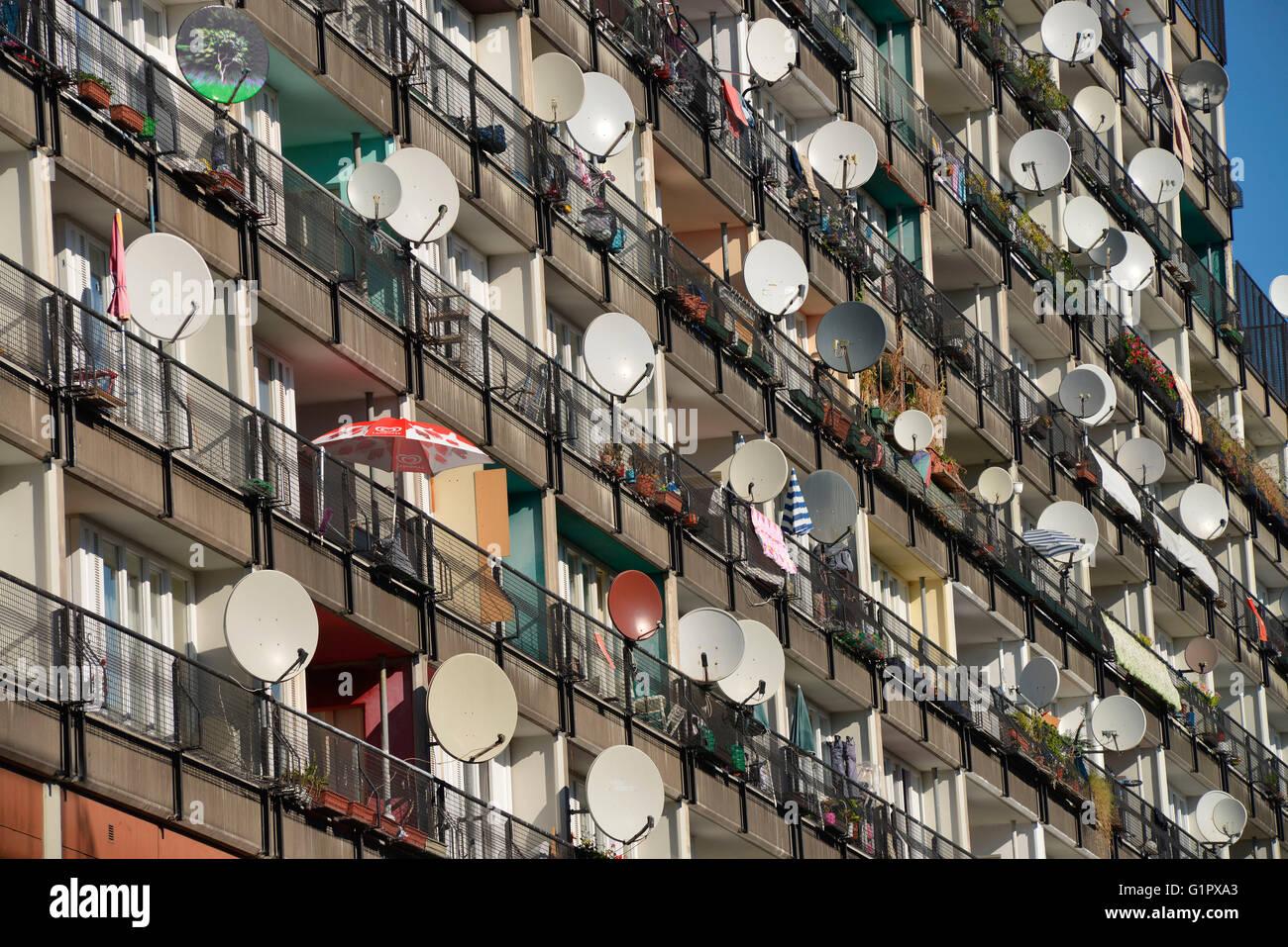 Wohnhaus, Kunstaktion Von Innen nach Aussen, Daniel Knipping, Pallasstrasse, Schoeneberg, Berlin, Deutschland / Stock Photo