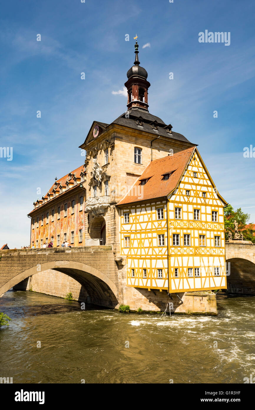 BAMBERG, GERMANY - MAI 6: Tourists at the historic town hall in Bamberg, Germany on Mai 6, 2016. - Stock Image