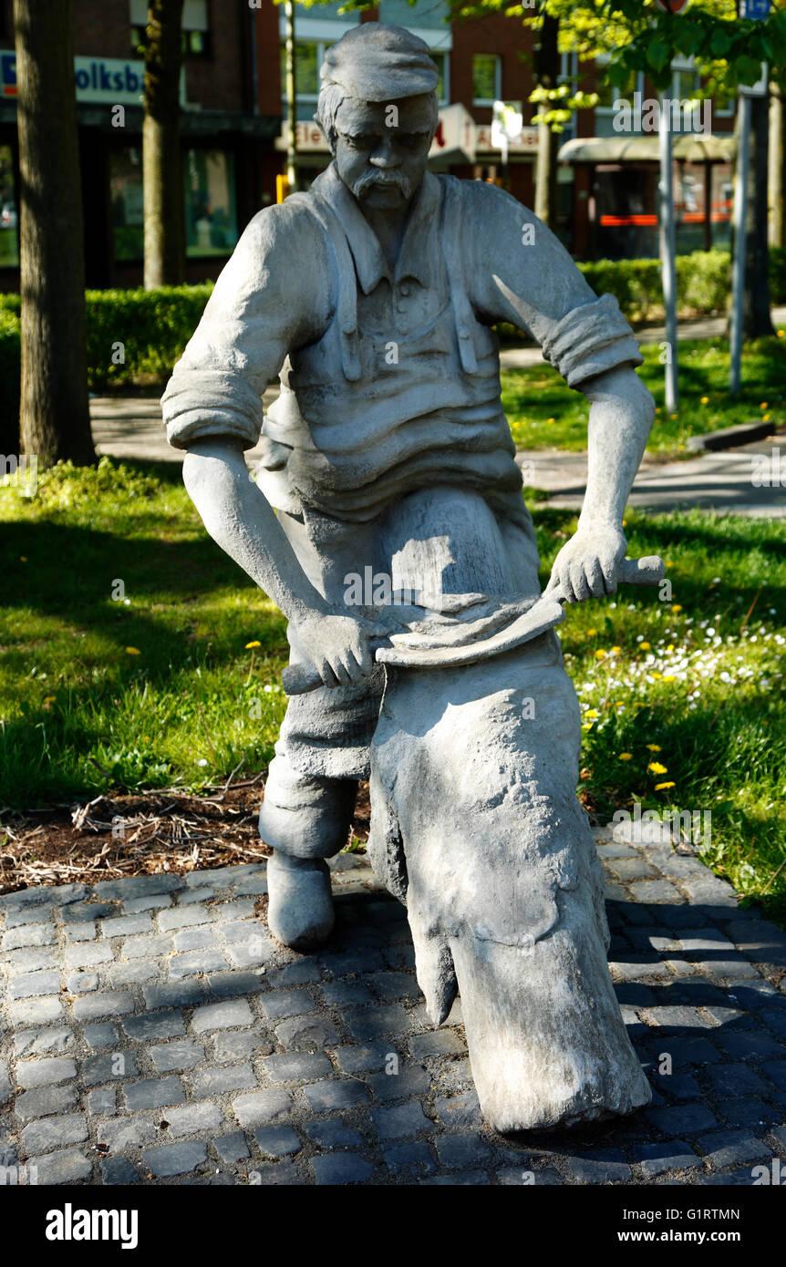Gerberfigur von Wolfram Schobel-Gundhardt auf dem Hubertusplatz in Nettetal-Schaag, Niederrhein, Nordrhein-Westfalen - Stock Image