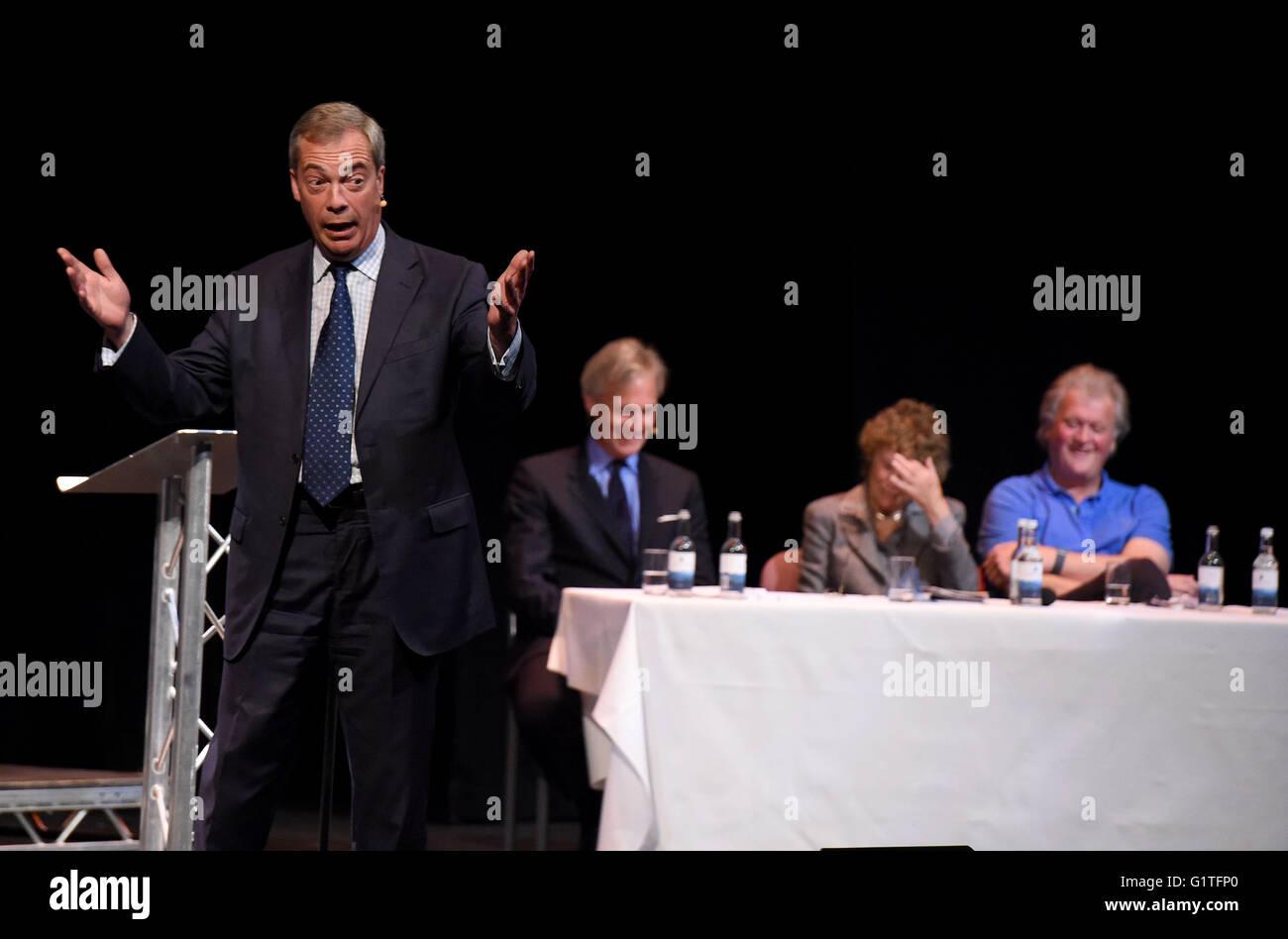 Nigel Farage speaks at a debate on Europe - Stock Image