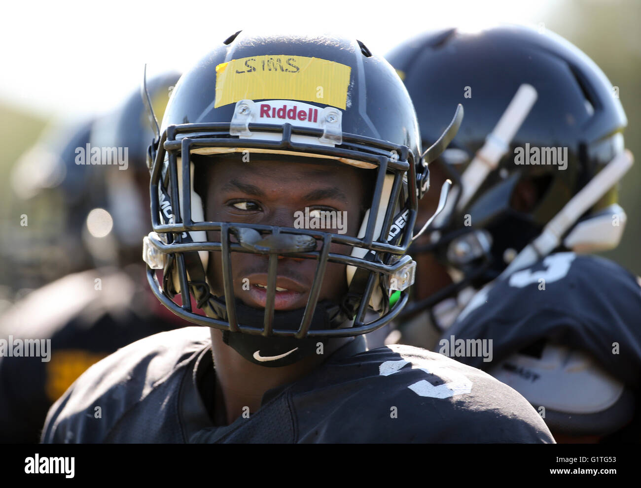 St. Petersburg, Florida, USA. 5th May, 2016. DIRK SHADD   Times .Lakewood LB Rolando Sims (3) on the field during - Stock Image