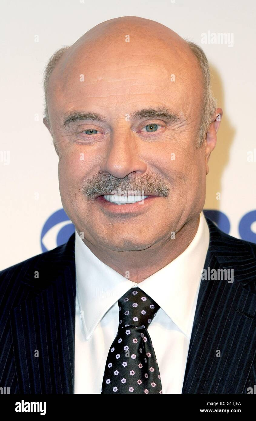 New York, NY, USA  18th May, 2016  Dr  Phil McGraw at arrivals for