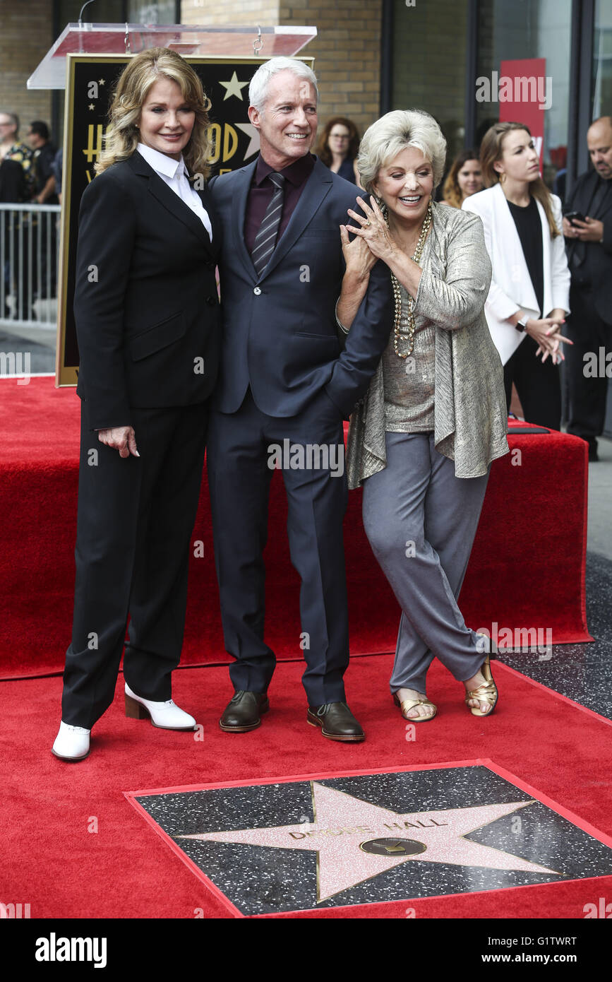 Los Angeles, California, USA. 19th May, 2016. Actresses Deidre Hall (L), Susan Seaforth Hayes, (R) and producer Stock Photo