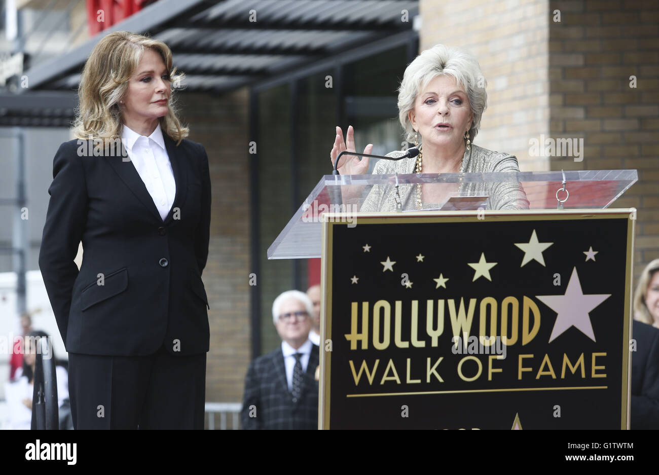 Los Angeles, California, USA. 19th May, 2016. Susan Seaforth Hayes, right, introduces actress Deidre Hall in a ceremony Stock Photo