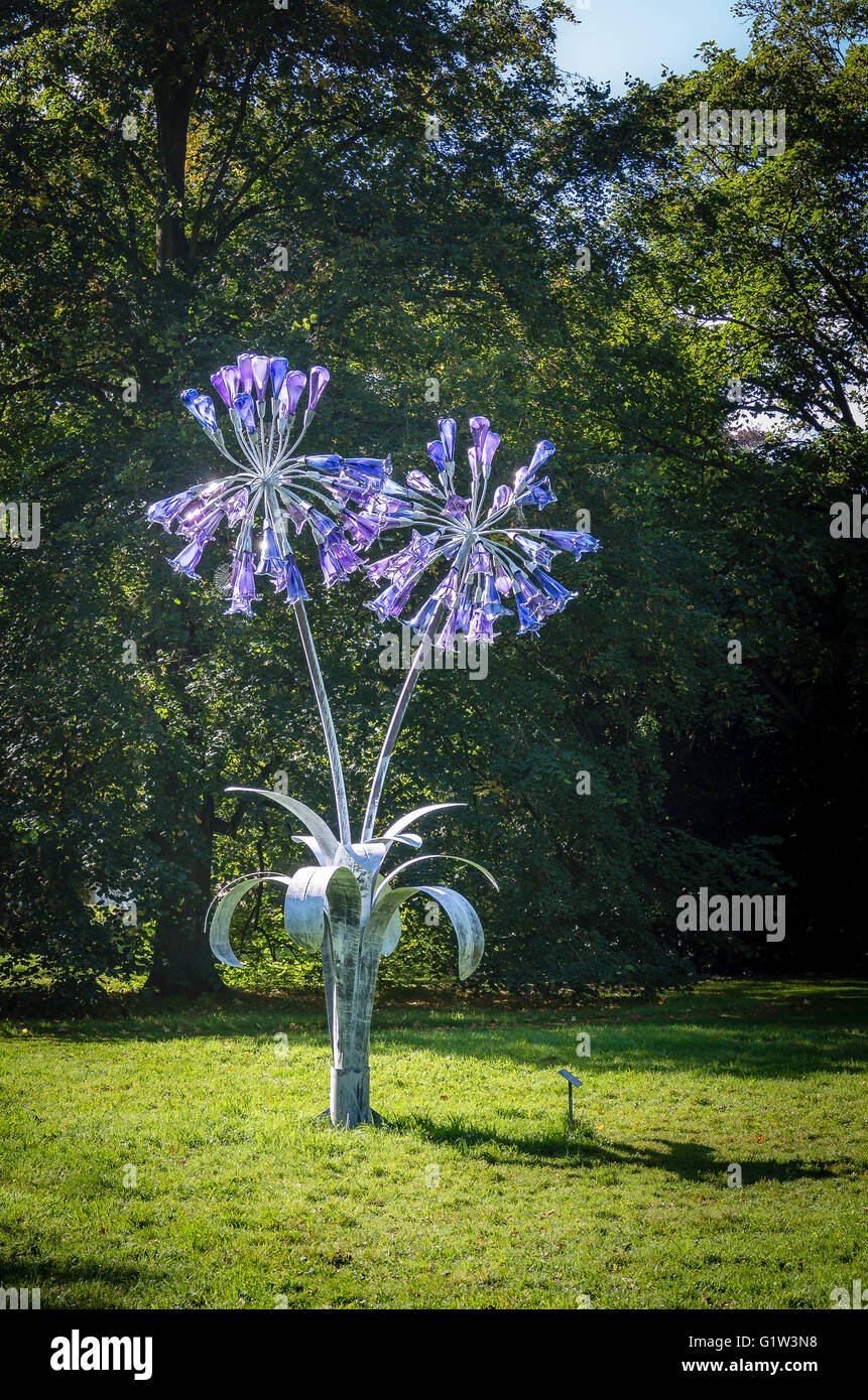 Garden Sculpture In Metal And Glass Depicting Agapanthus Flowers By Artist  Jenny Pickford