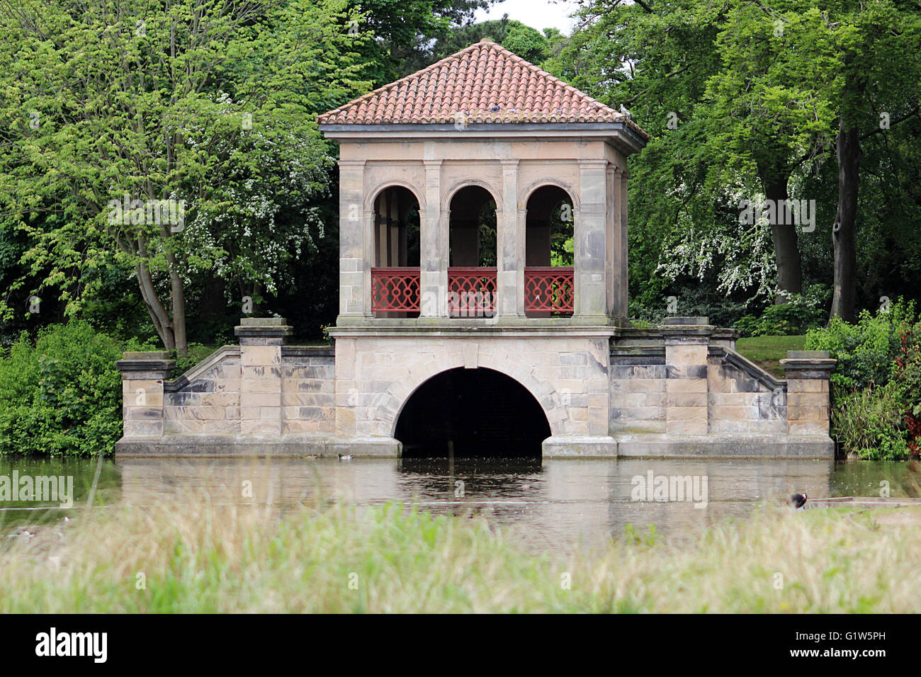 Ornate park bridge - Birkenhead central park - Stock Image