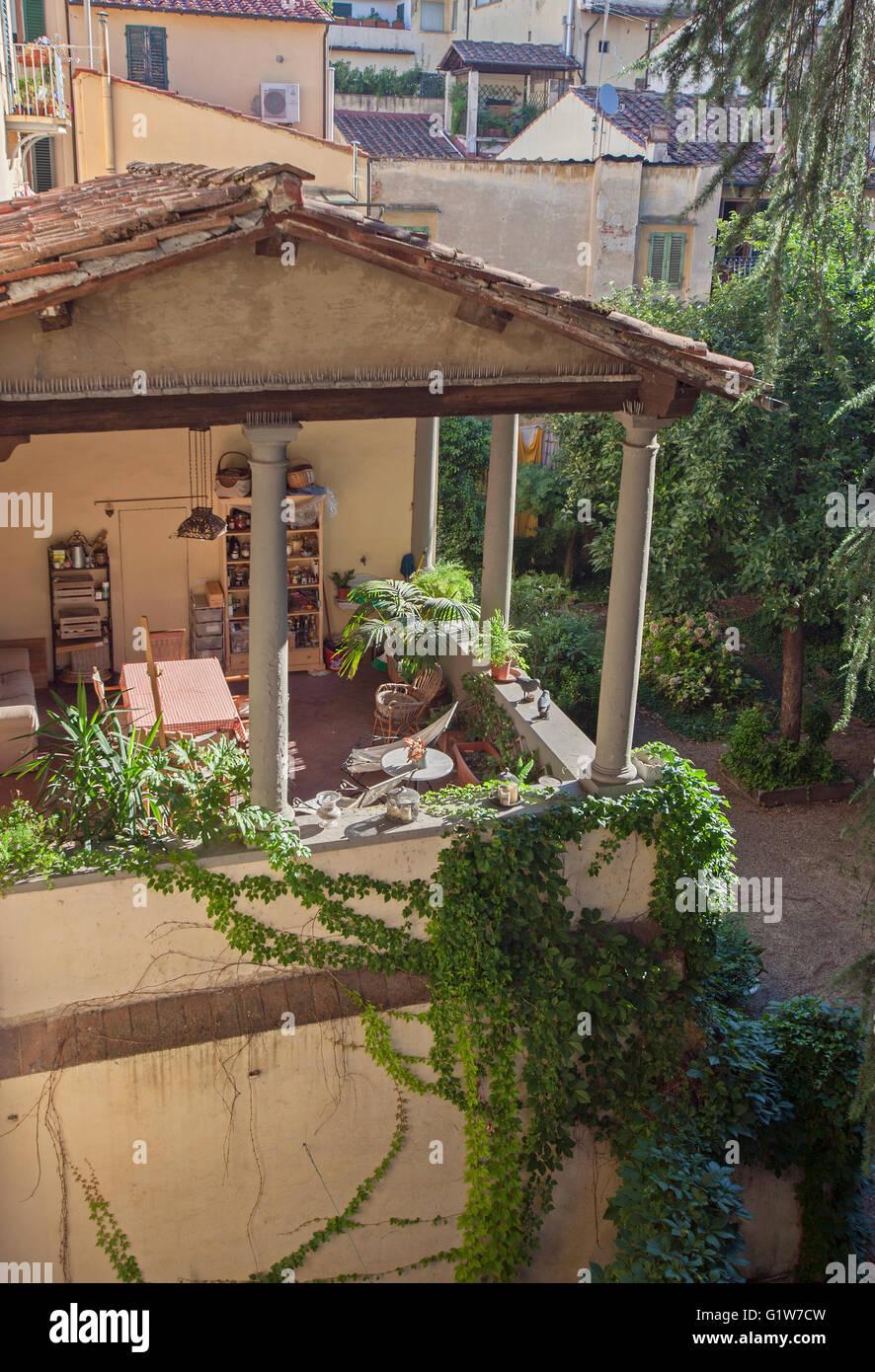 Terrace Garden Stock Photos & Terrace Garden Stock Images - Alamy