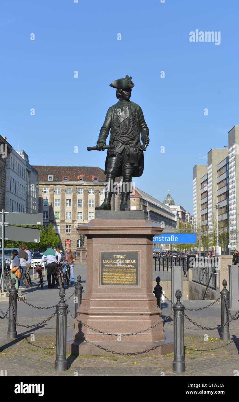 Standbild, Fuerst Leopold von Dessau, Ziethenplatz, Mitte, Berlin, Deutschland - Stock Image