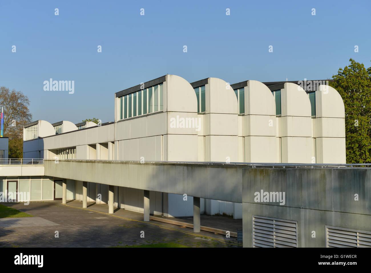 Bauhaus-Archiv, Museum fuer Gestaltung, Klingelhoeferstrasse, Tiergarten, Berlin, Deutschland - Stock Image