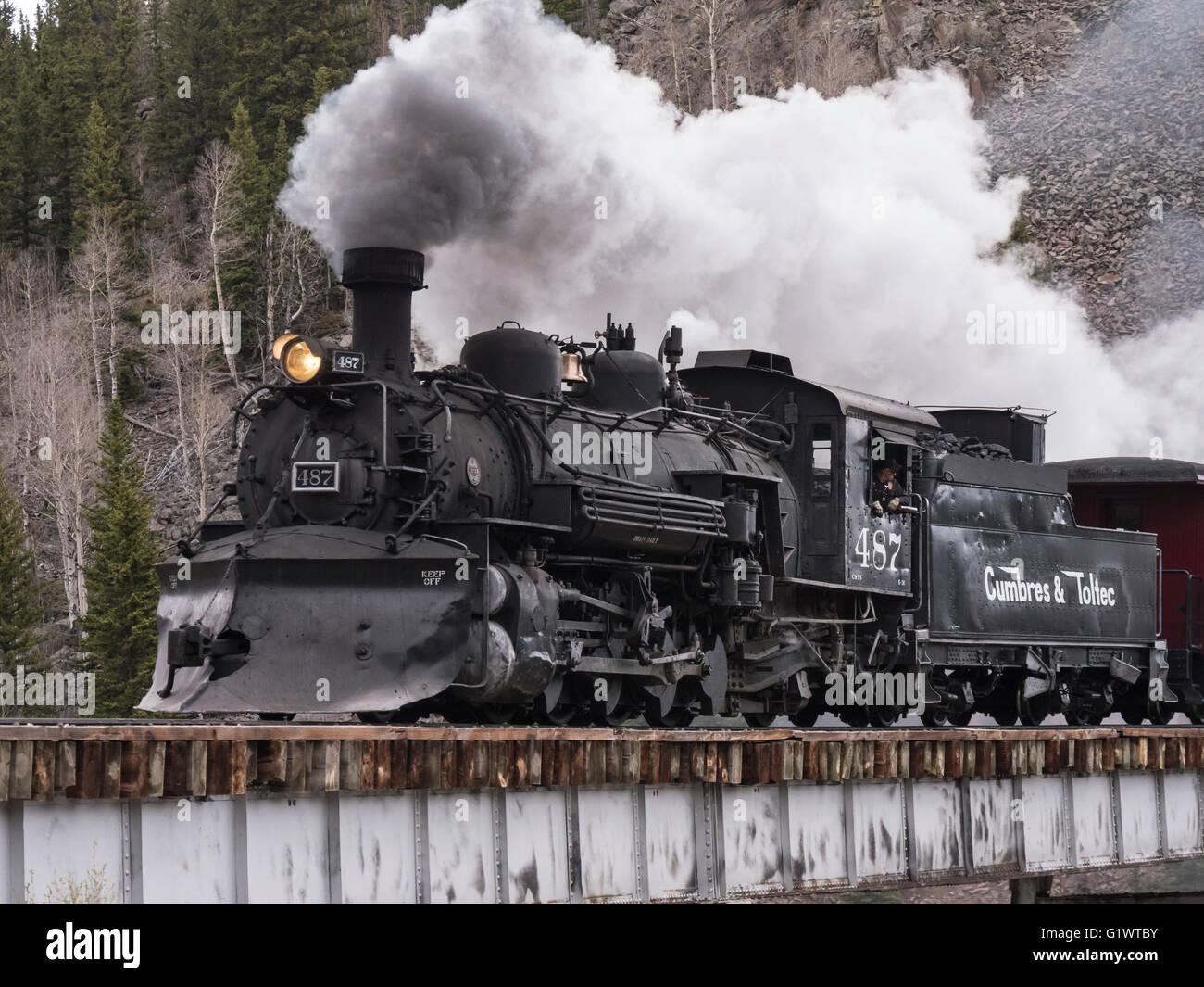 Locomotive 487 crosses Cascade Trestle, Cumbres & Toltec Scenic Railroad between Chama, New Mexico and Antonito, - Stock Image