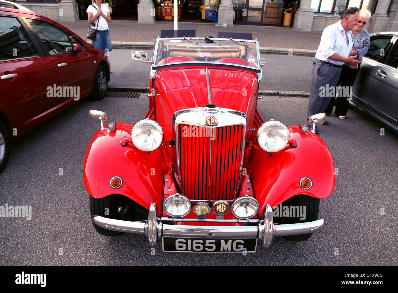 Mg Stock Photos Images Alamy Diagram From Mga 1500 Spl Above 1600 Below British Sports Car Of 1952 Image