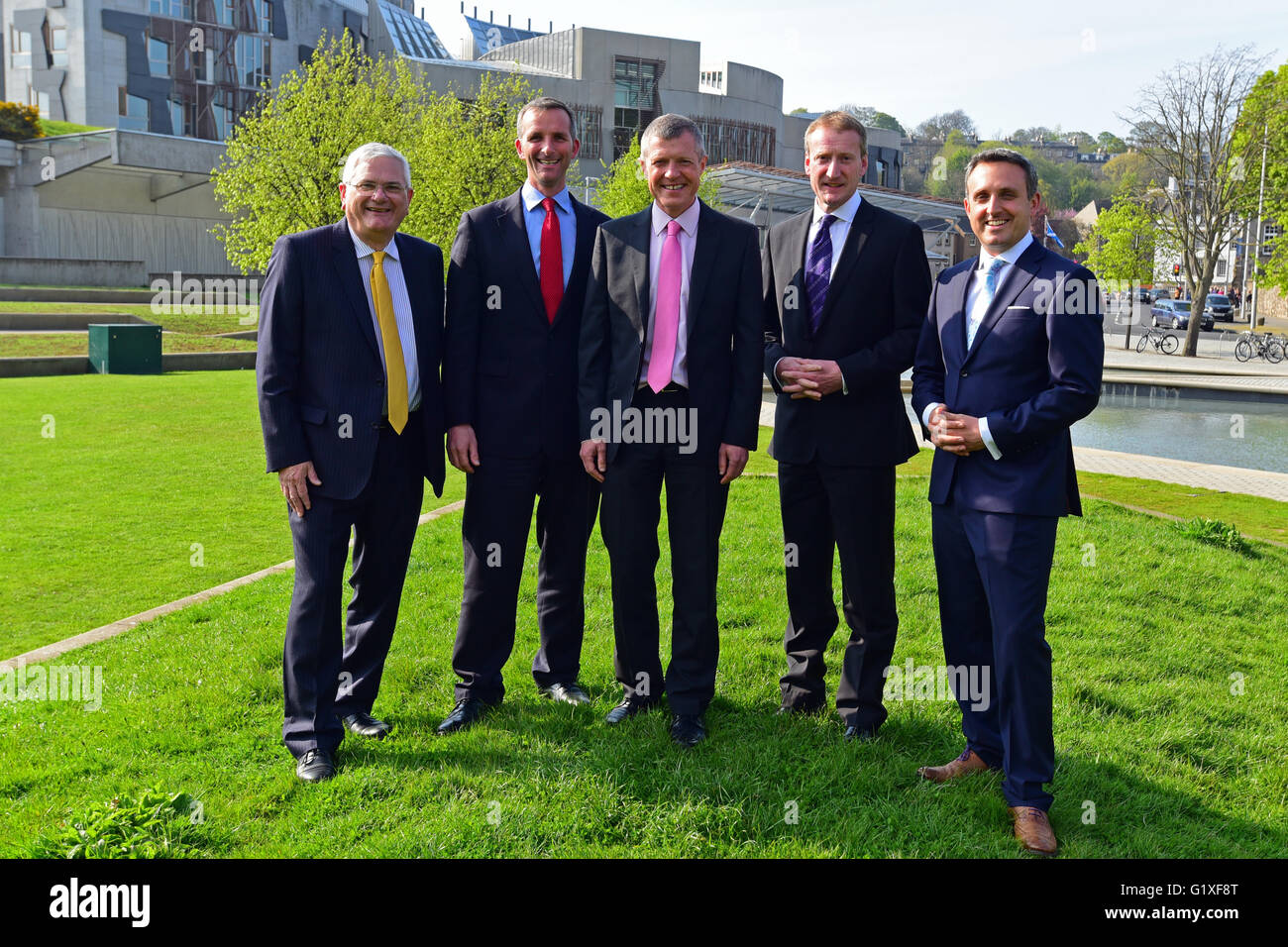 The newly-elected Scottish Liberal Democrat group of MSPs outside the Scottish Parliament, following the May 2016 - Stock Image