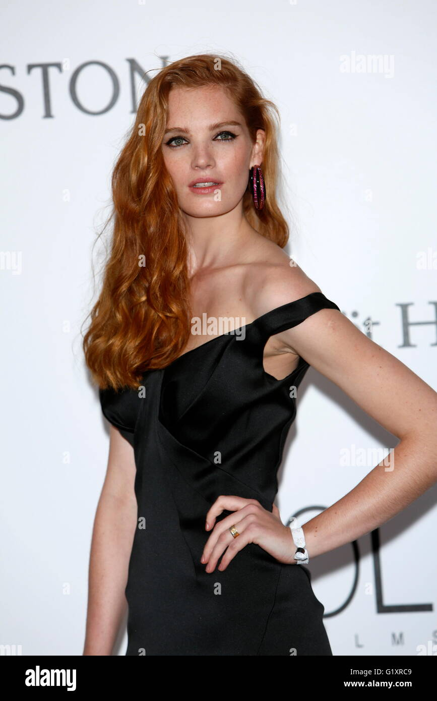 Pic Alexina Graham naked (23 photo), Ass, Is a cute, Selfie, braless 2018
