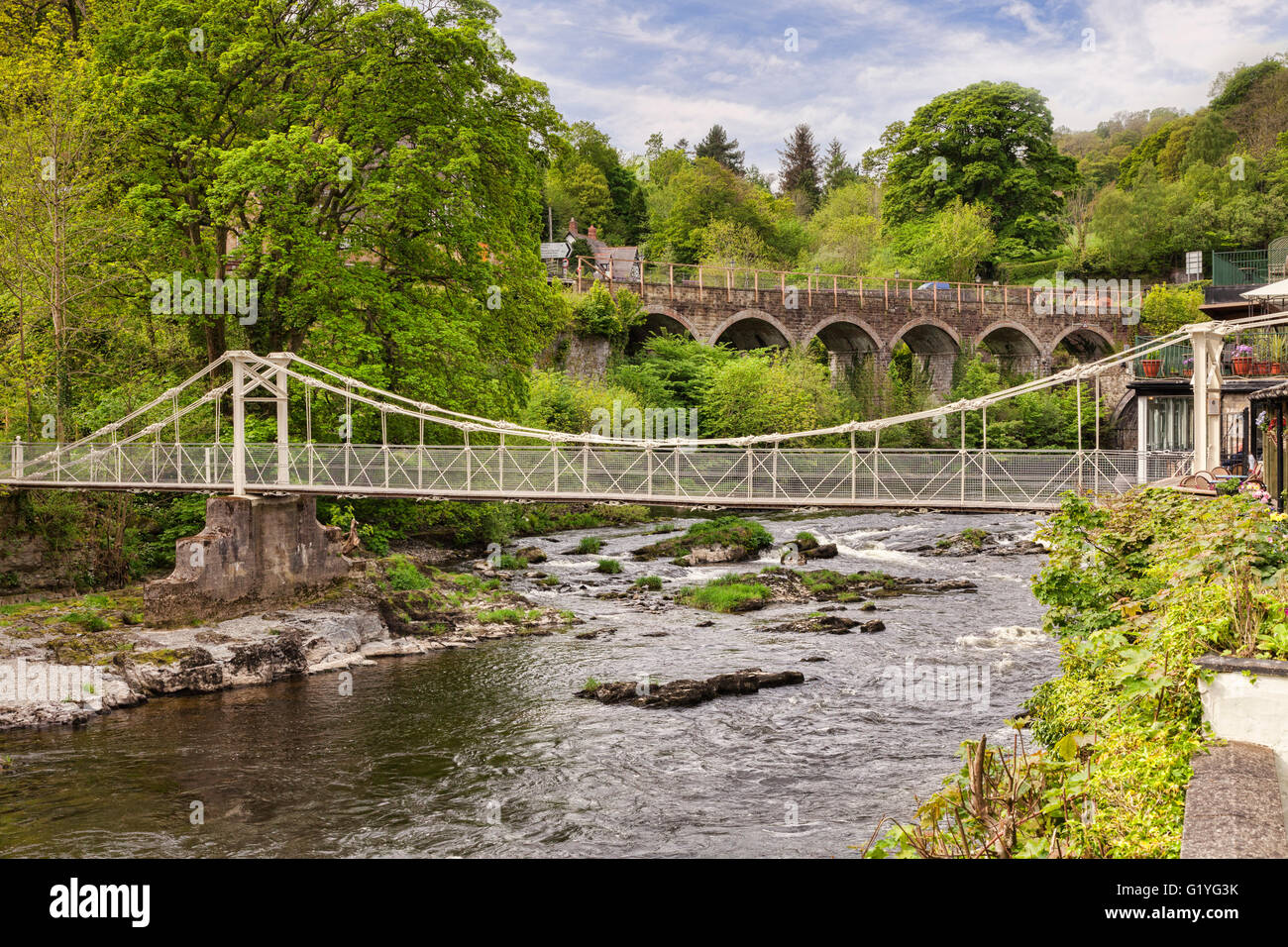 The Chain Bridge, built in 1817 and thought to be the oldest chain links bridge in the world, crossing the River - Stock Image