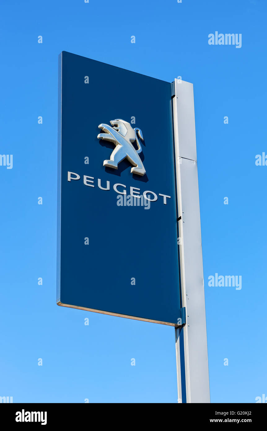 Peugeot Logo Stock Photos Amp Peugeot Logo Stock Images Alamy