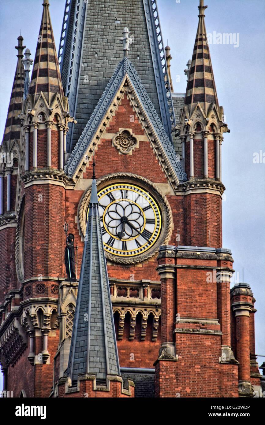 London international Railway station.Red brick wall, brick buildings, like a church.  St Pancras railway station - Stock Image
