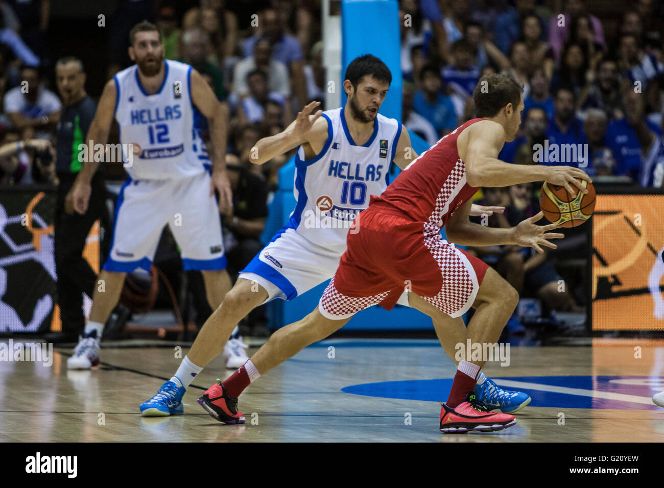Kostas Papanikolaou (C ), player of Greece, defends during FIBA Basketball World Cup 2014 Group Phase match, on - Stock Image