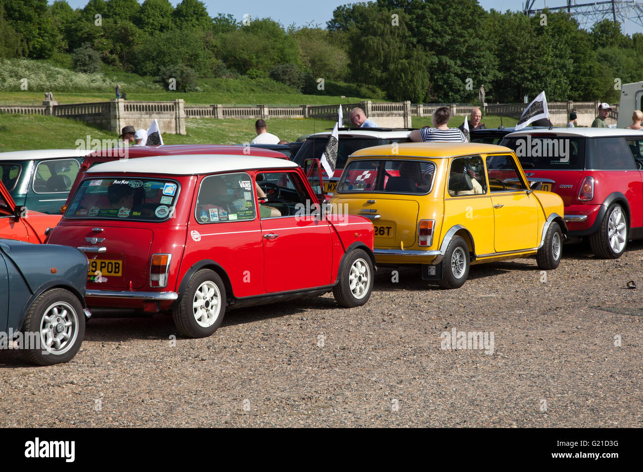 London, UK. 22nd May, 2016. Over 2000 mini drivers left Crystal Palace  South London this morning to head to the Stock Photo