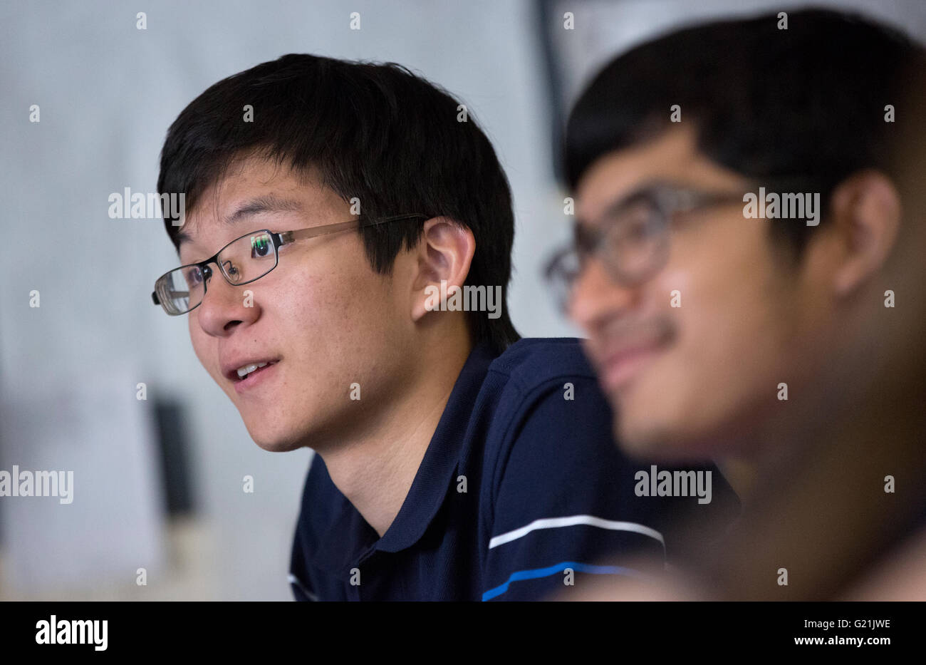 High School students physics class - Stock Image