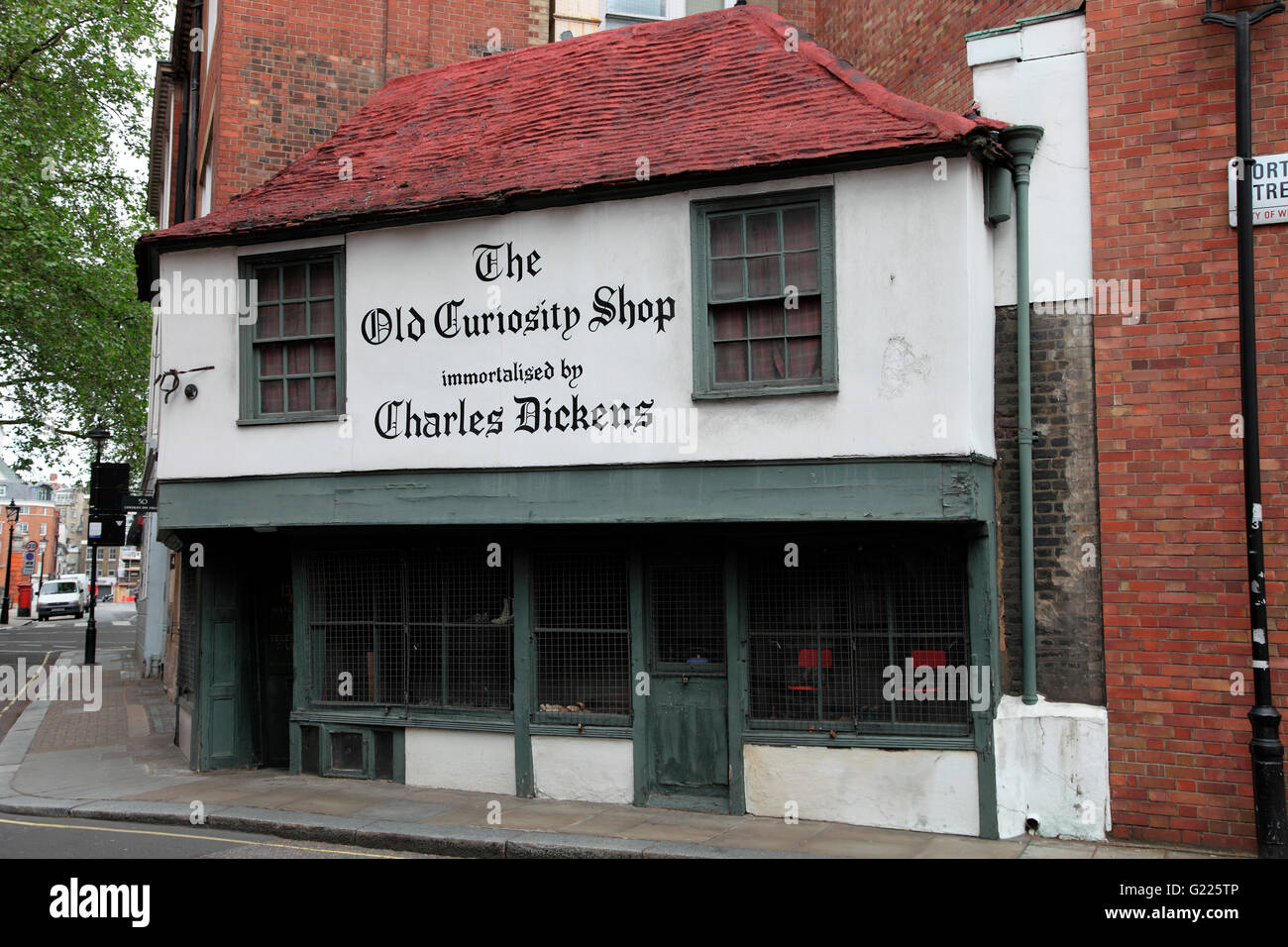 The Old Curiousity Shop immortalised by Charles Dickens, London - Stock Image
