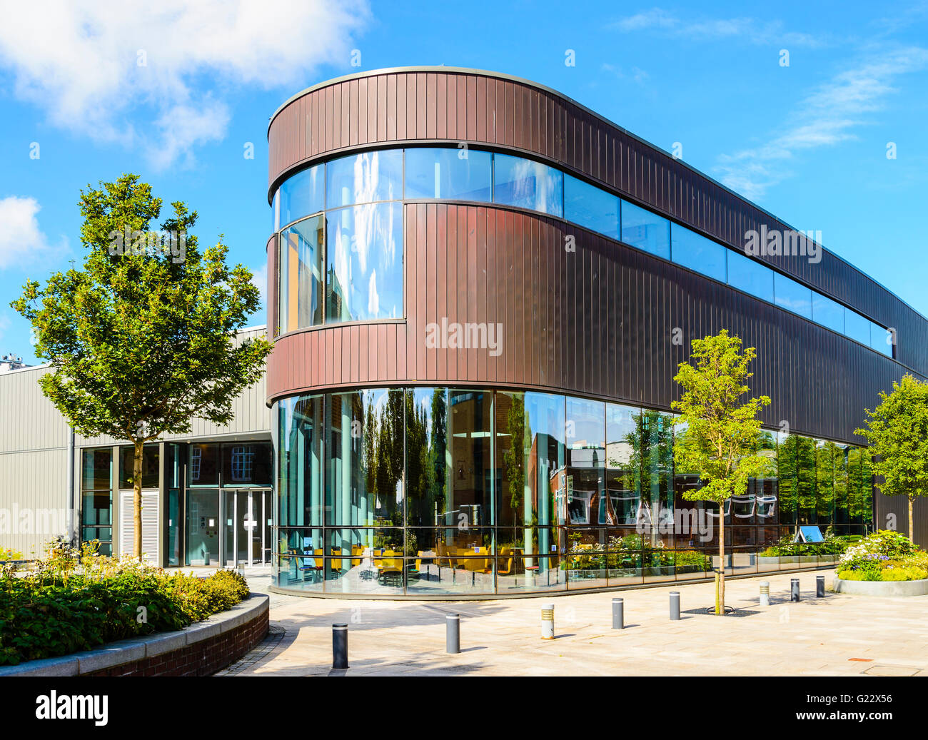 The Hub a social and catering centre at Edge Hill University near Ormskirk Lancashire - Stock Image