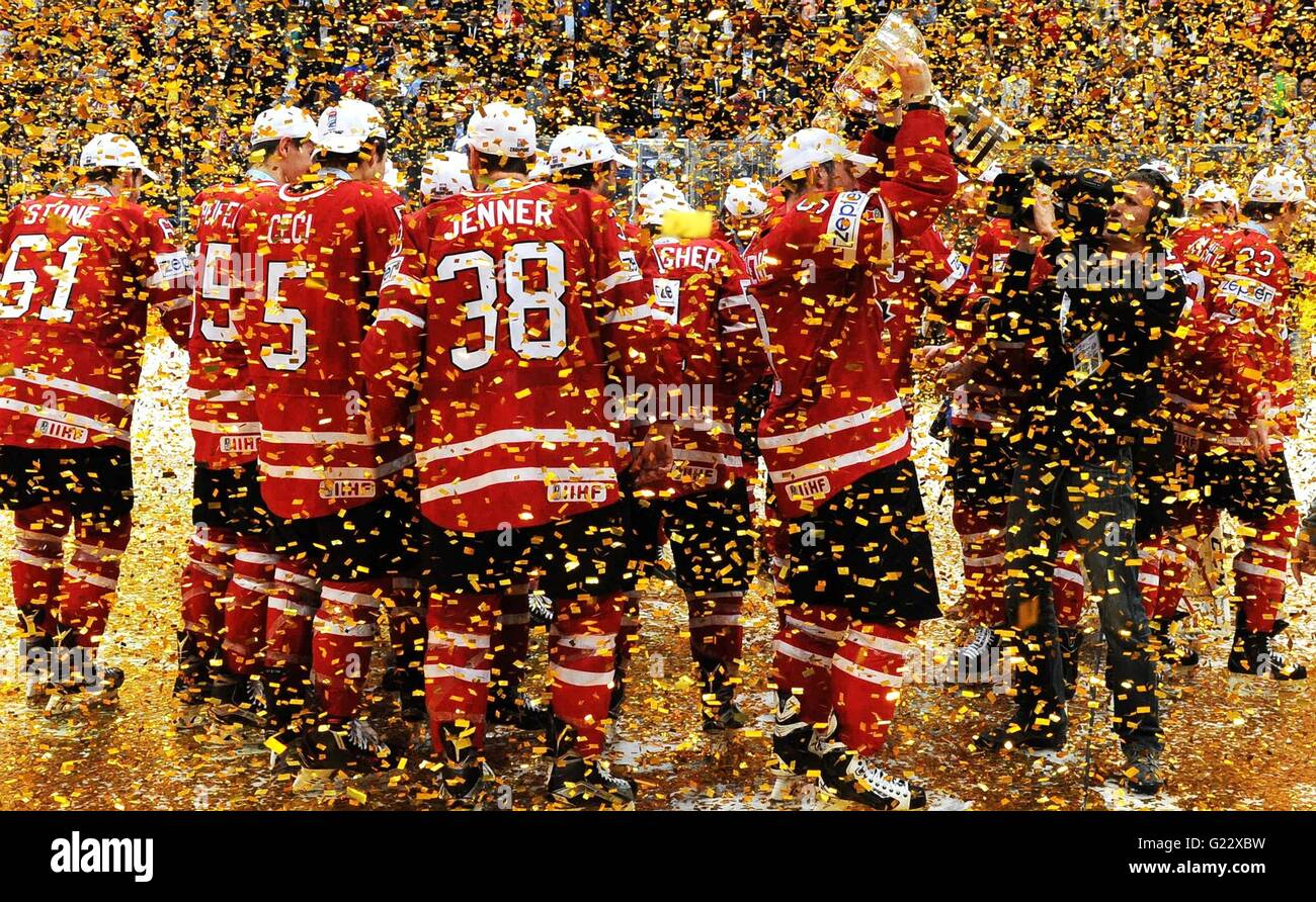 Moscow, Russia. 22nd May, 2016. The Canadian team celebrates winning the gold medal at the Ice Hockey World Championships - Stock Image