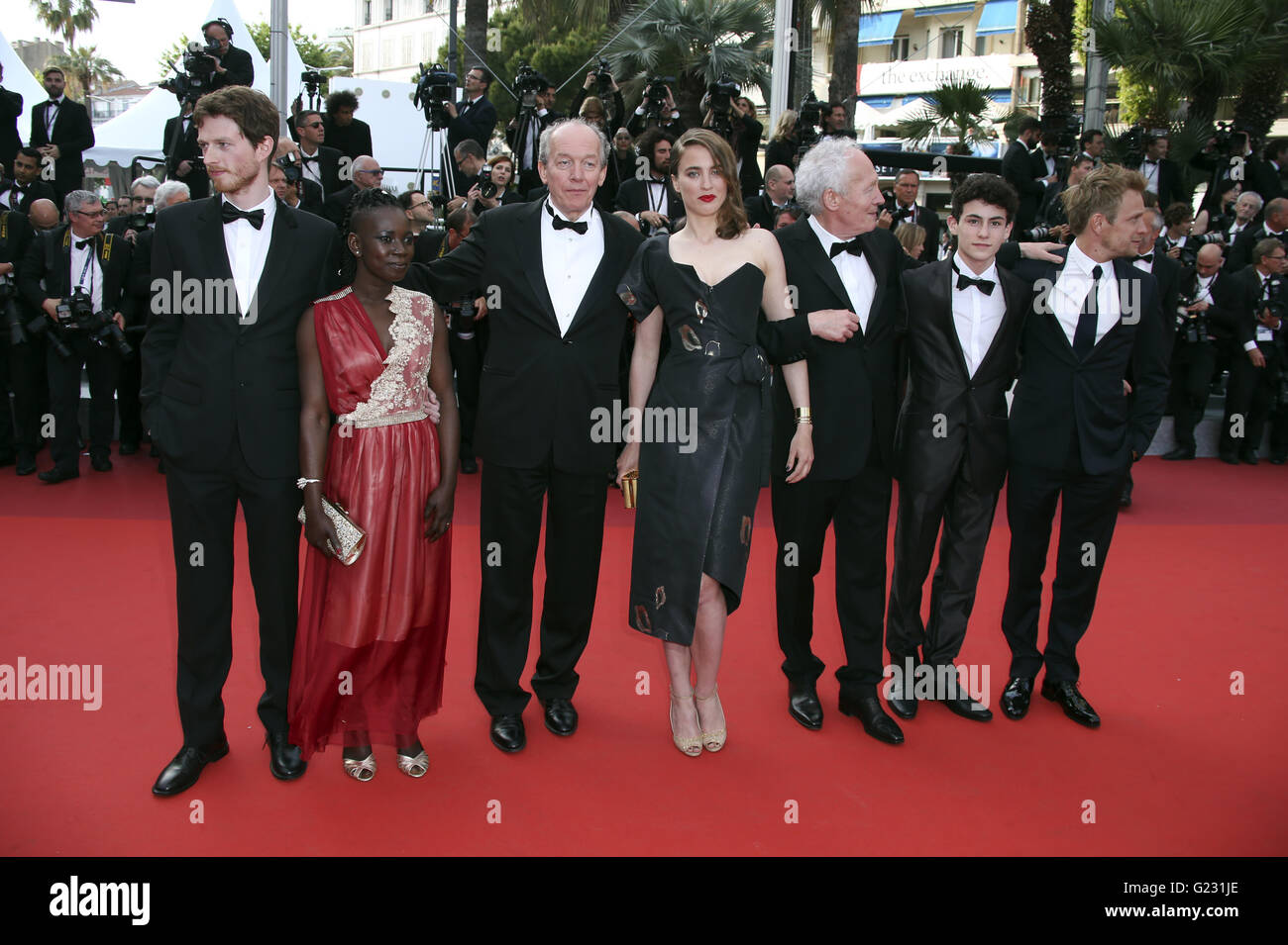 CAPTION CORRECTS ACTRESS NAME FROM ANDI EIGENMANN TO ADELE HAENEL Actors Olivier Bonnaud, Nadege Ouedraogo, director - Stock Image