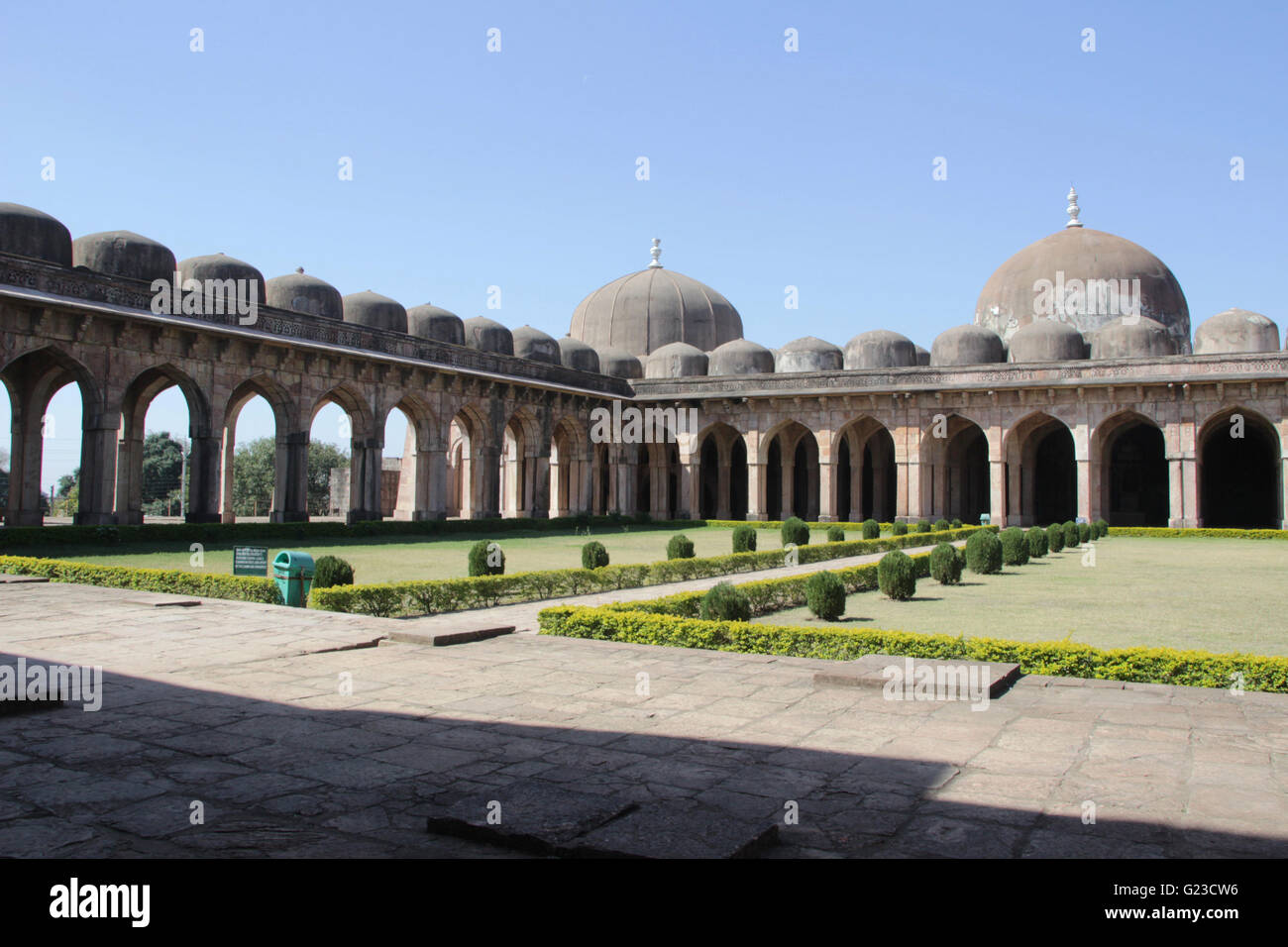 View of western prayer hall and southern arched openings at Jami Masid in Mandu, Madhya Pradesh, India, Asia - Stock Image
