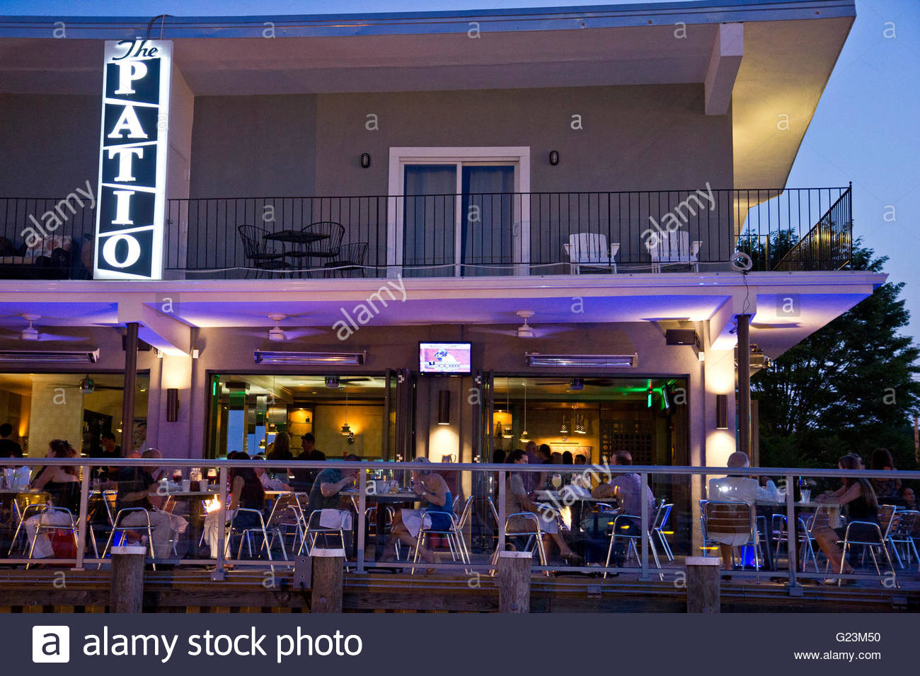 Outdoor Dining At The Patio, Freeport, Long Island, NY