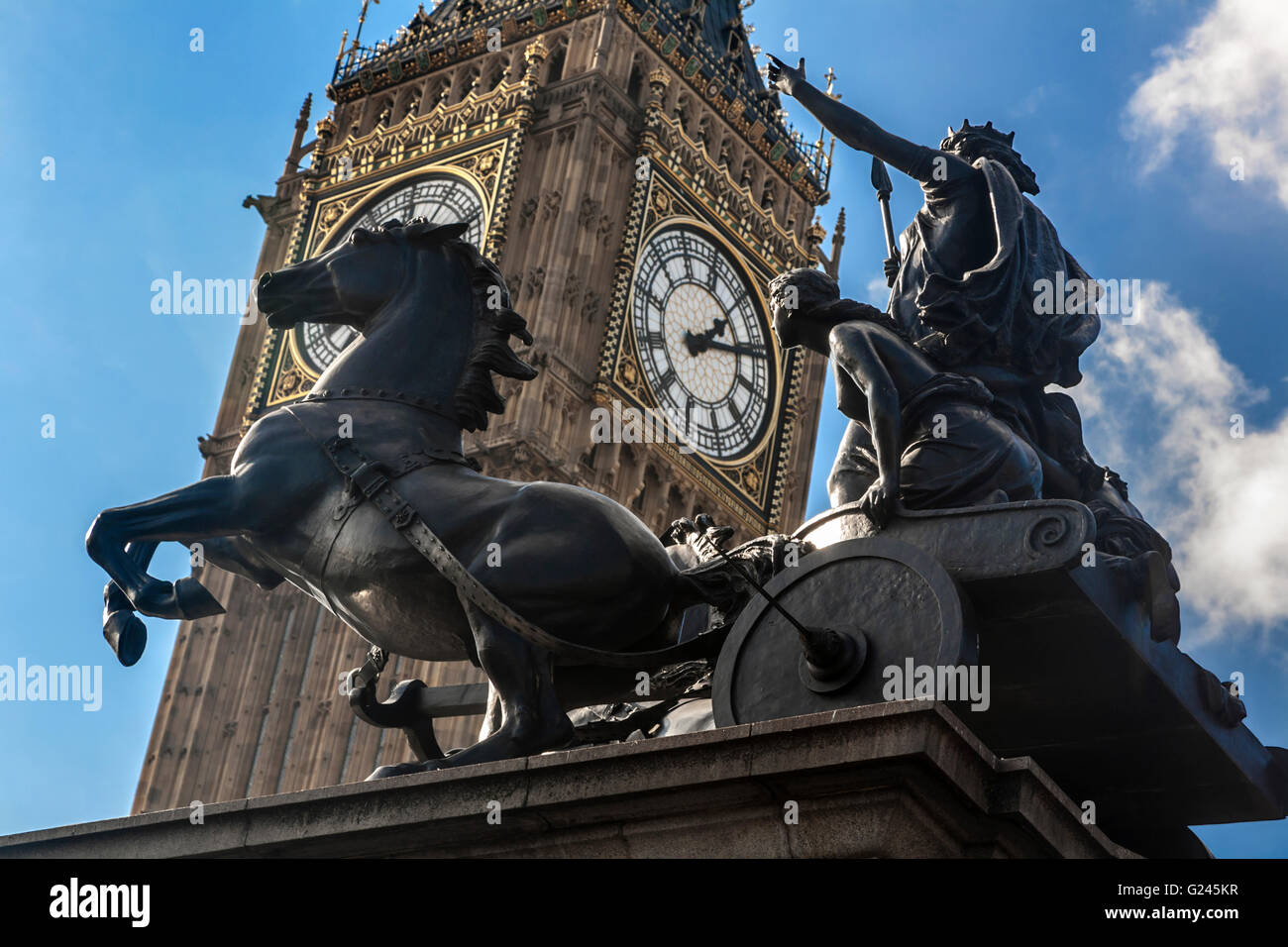 The Boudiccan Rebellion by Thomas Thornycroft and Big Ben (Elizabeth Tower), Westminster, London, England. - Stock Image