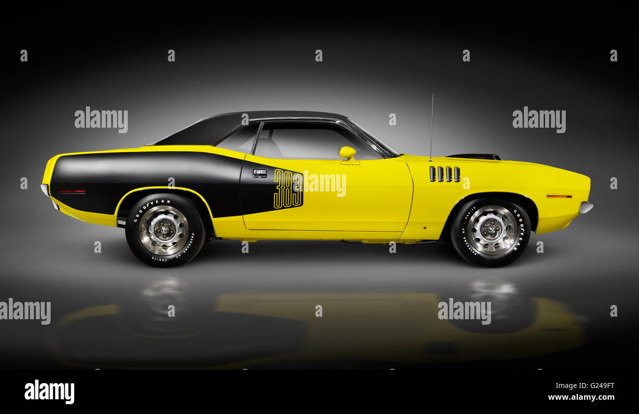 Yellow 1972 Dodge Challenger retro muscle car - Stock Image